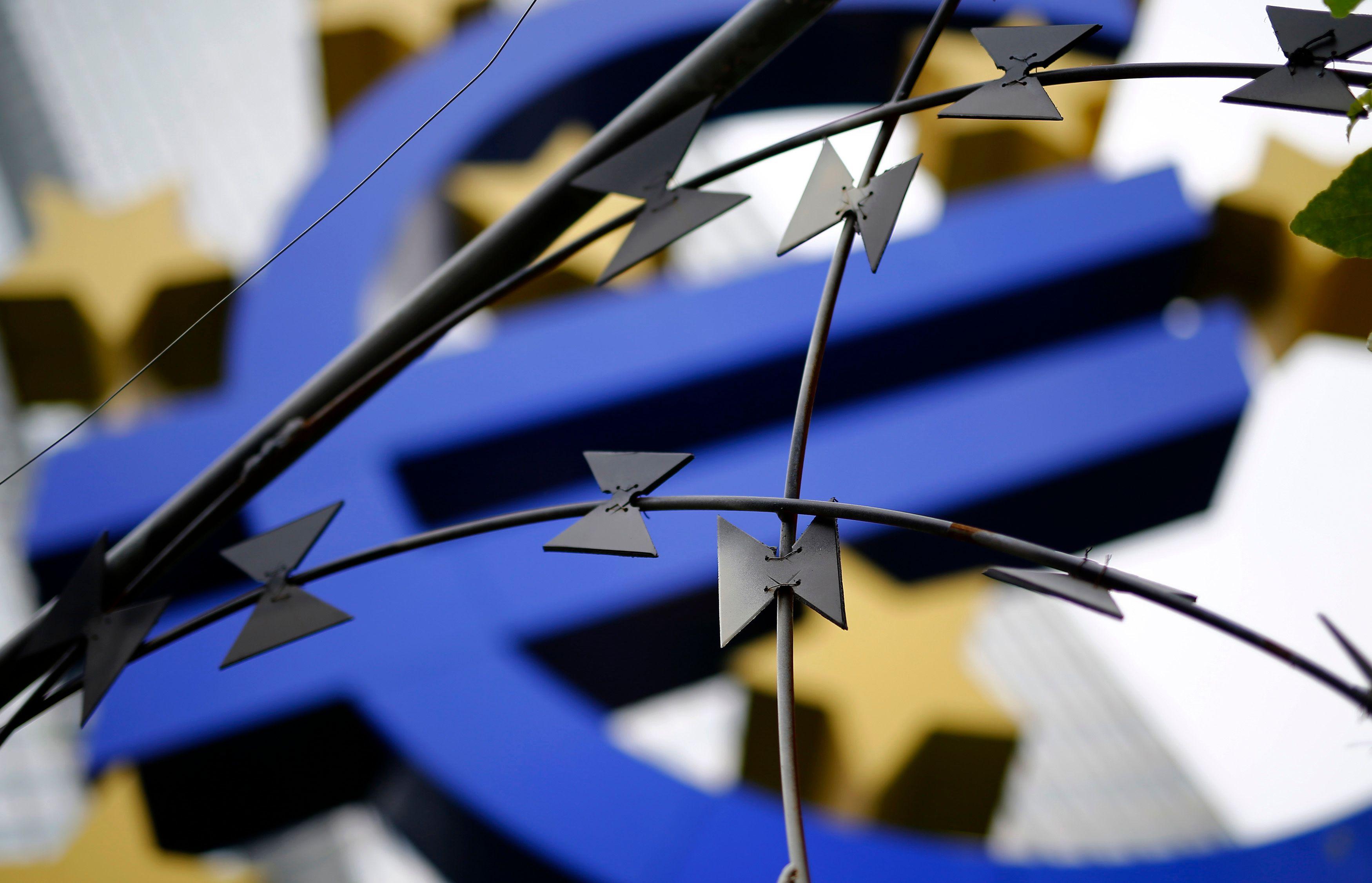 Le sursaut de la demande intérieure française est la conséquence de la politique de la BCE et non celle de François Hollande.