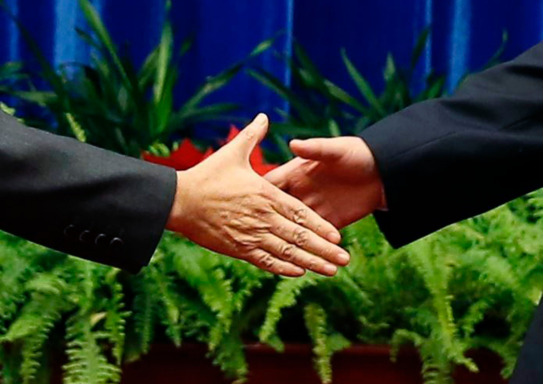 Les deux premiers pollueurs de la planète se sont mis d'accord mercredi 12 novembre pour réduire leurs émissions respectives de gaz à effet de serre.