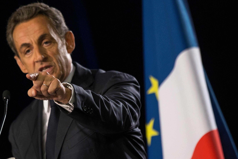 """Nicolas Sarkozy s'attaque de front à la réforme du collège et ironise sur François Hollande, le président """"Moi je"""""""