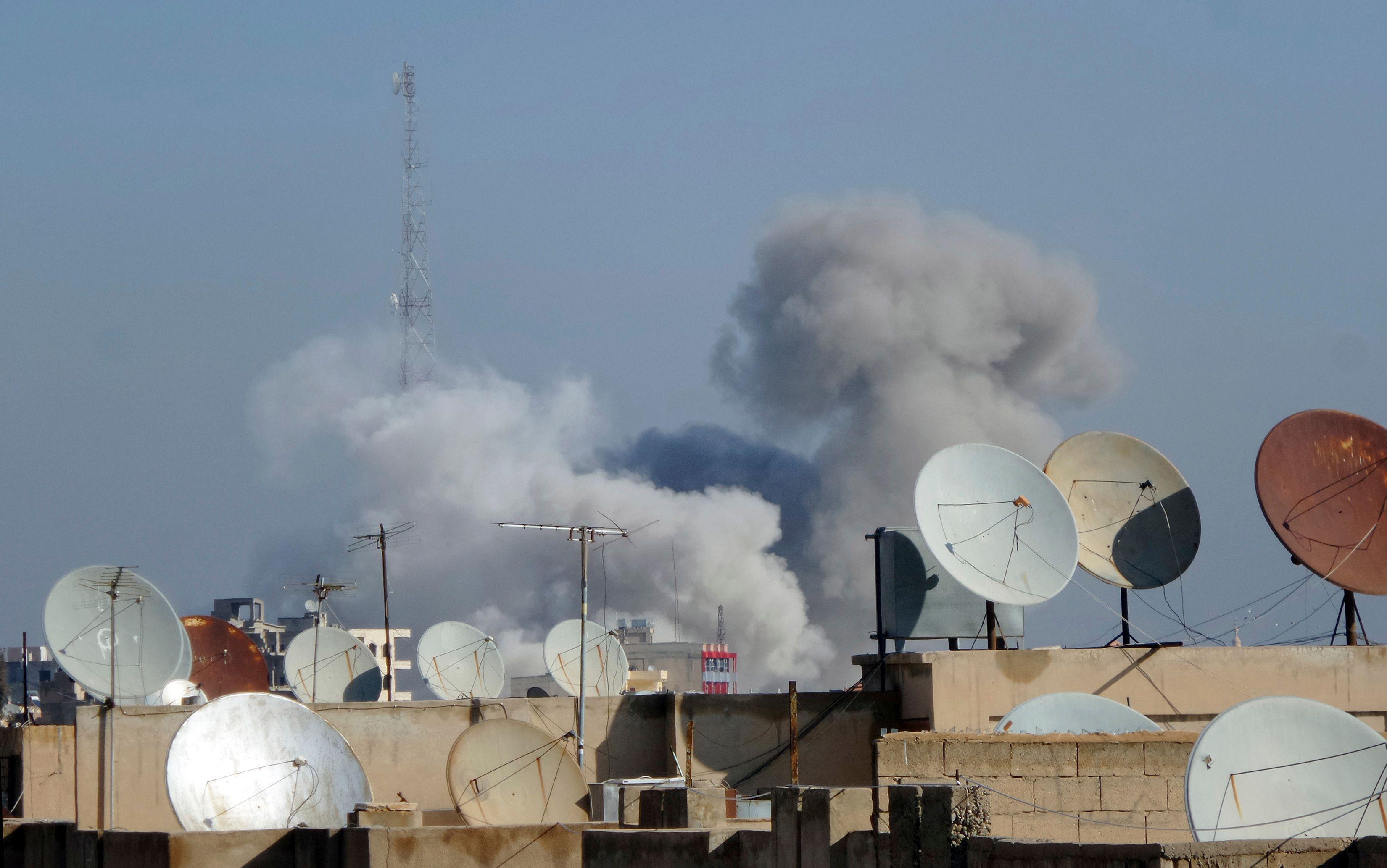 Bombardements sur Raqqa.