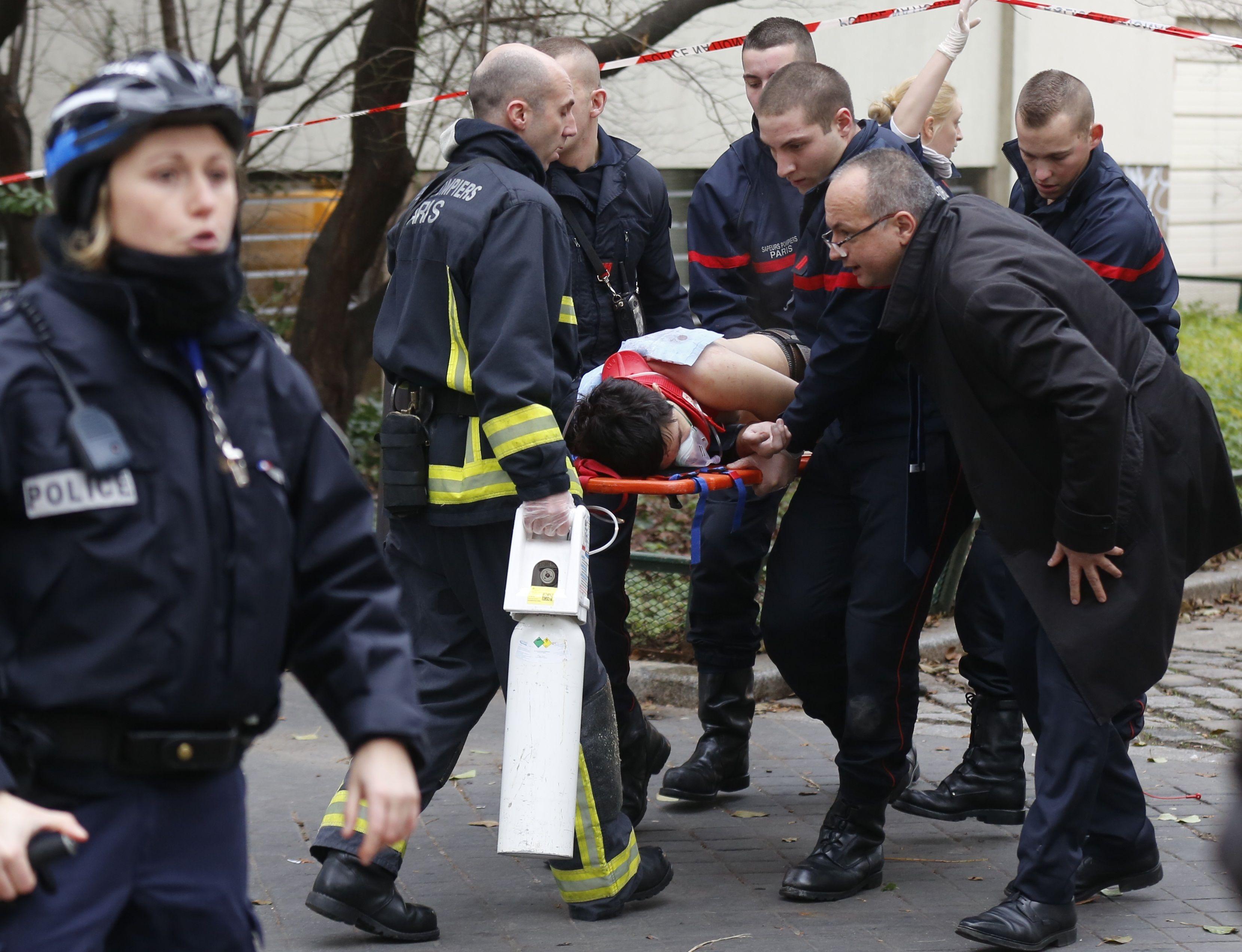 Les auteurs de l'attentat ont utilisé des armes lourdes et portaient des gilets pare-balles.