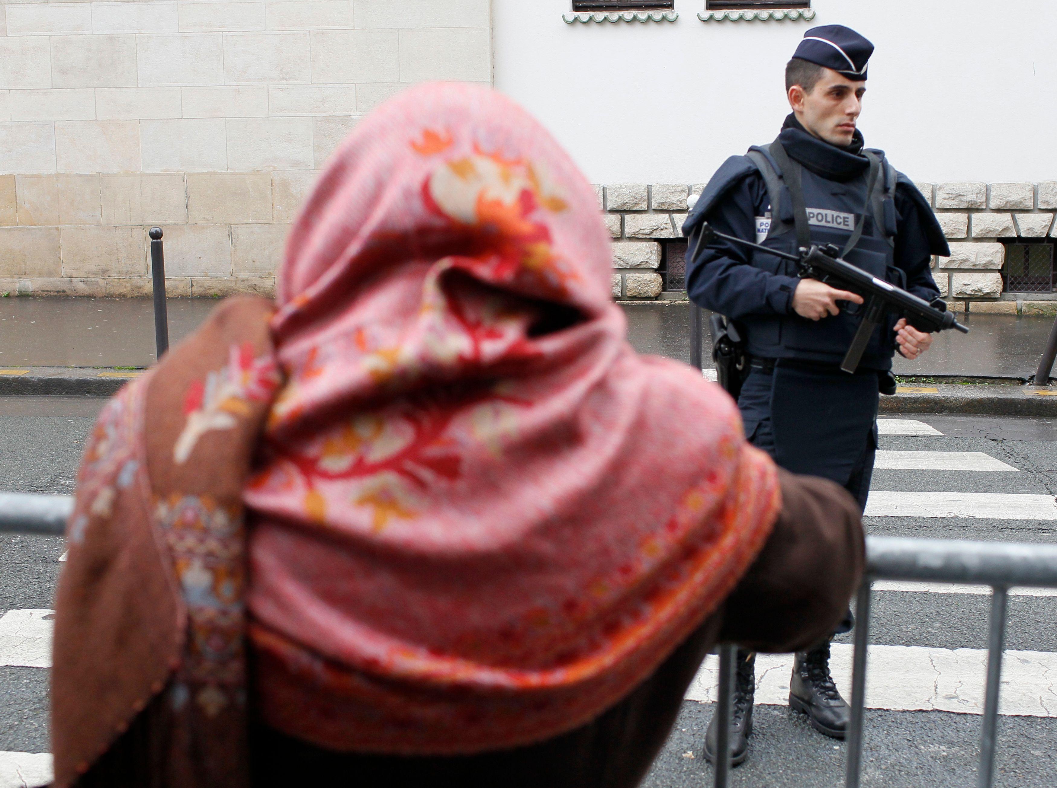 Les responsables musulmans ont appelé au calme.