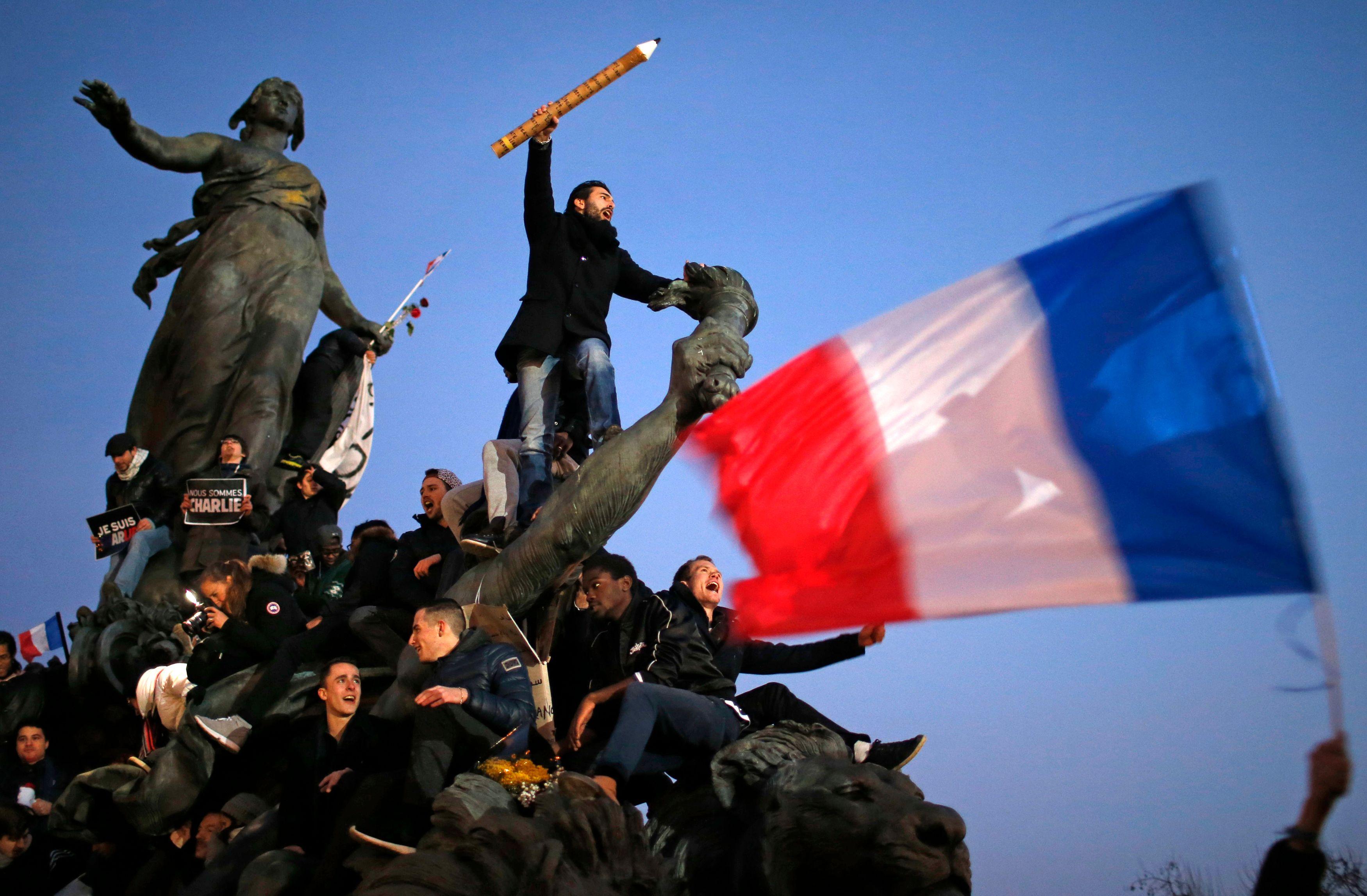 La manifestation de ce dimanche est la plus grande mobilisation de l'histoire de France