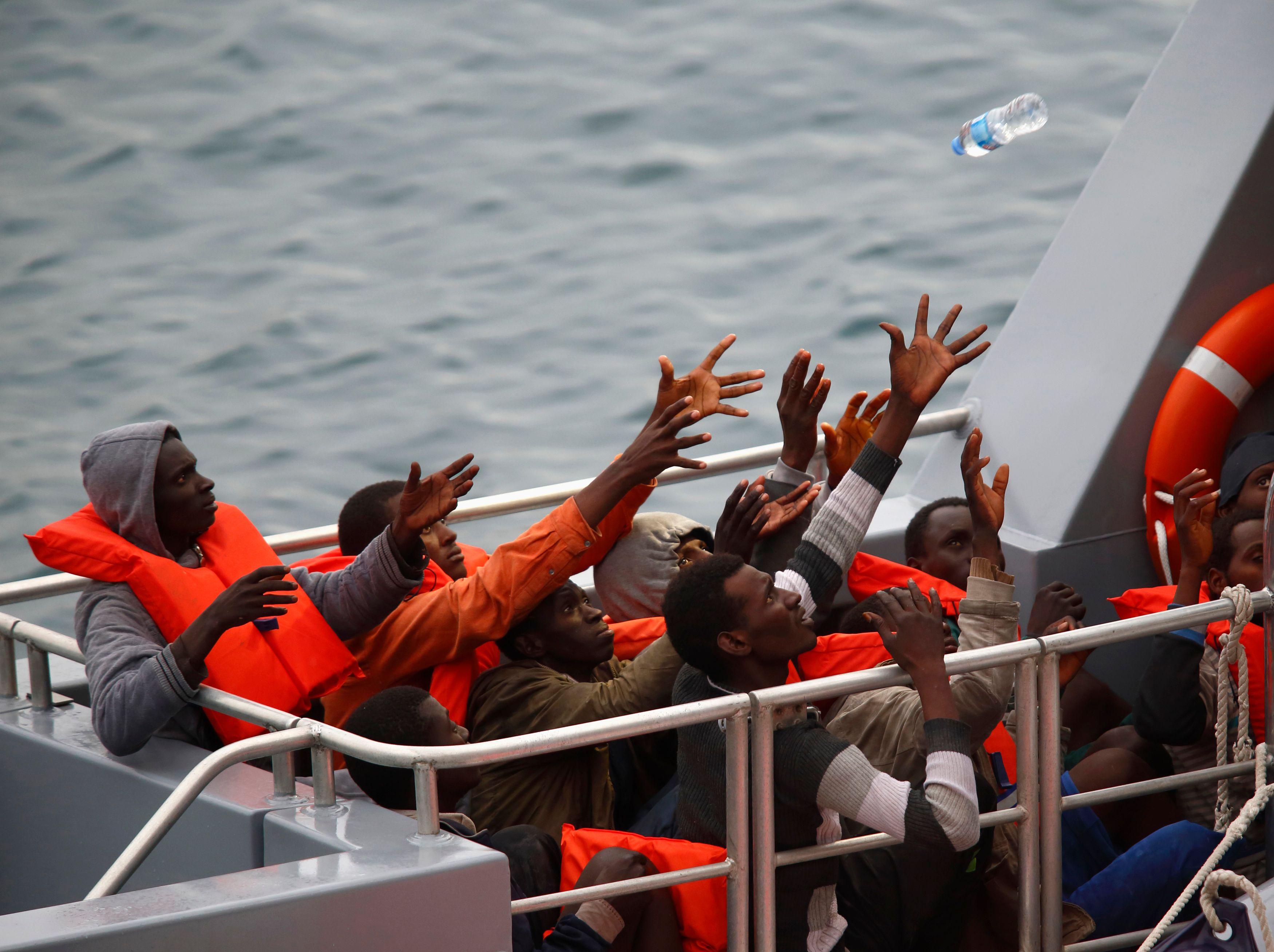 Entre 800 000 et un million de clandestins auraient pour projet de se rendre en Europe.