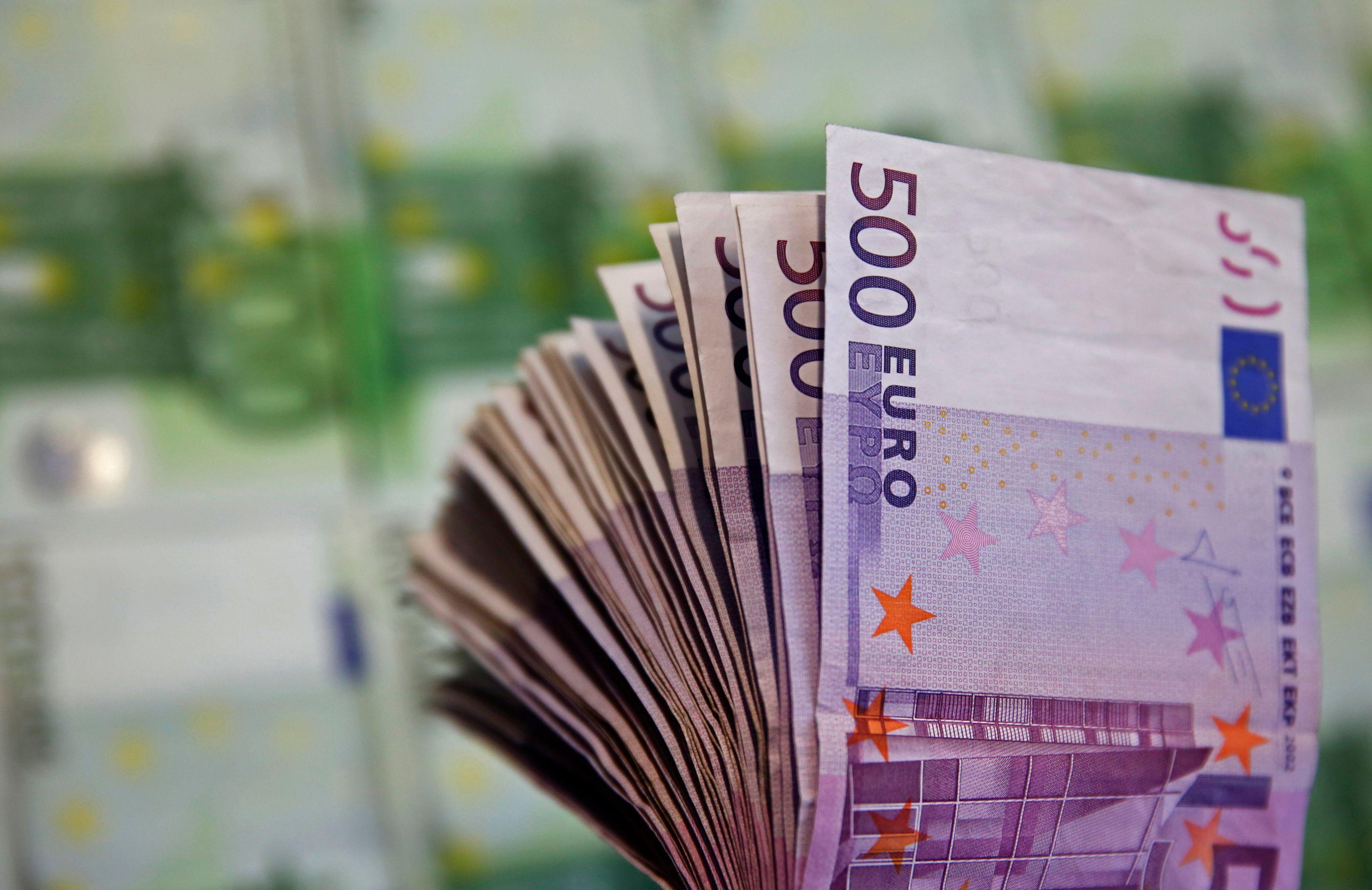 La dette publique française a atteint 98,9% du PIB au premier trimestre, soit une hausse de 2,6 points
