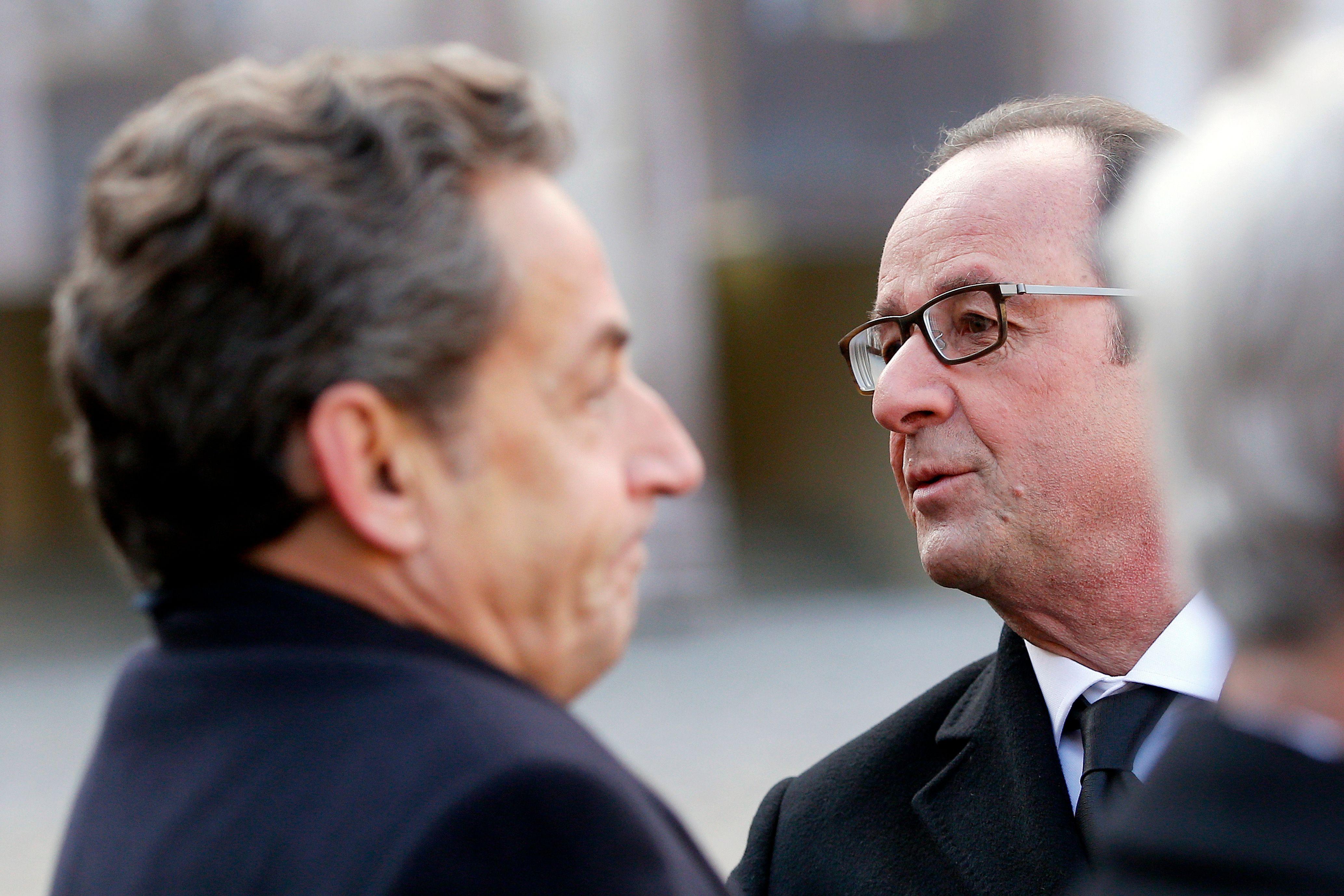 11-Novembre: Nicolas Sarkozy présent aux côtés de François Hollande pour les cérémonies
