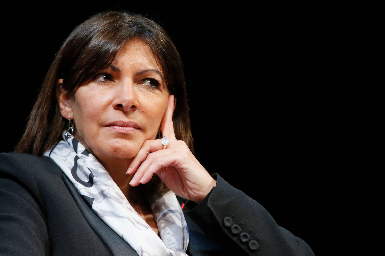 """La """"bêtise"""" d'Anne Hidalgo sidère François Hollande"""