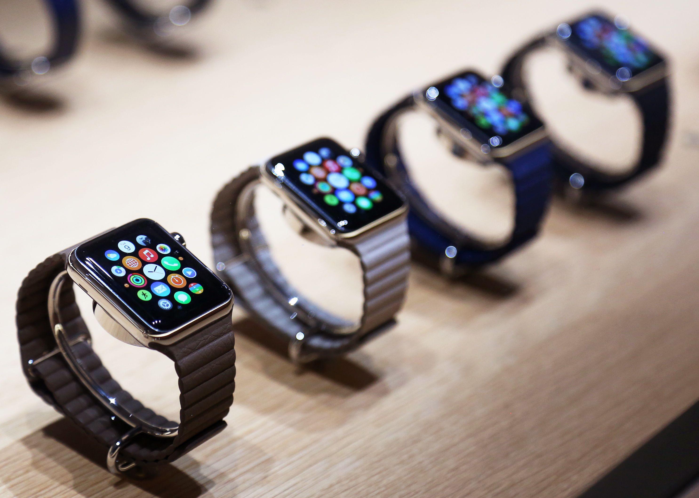 L'Apple Watch n'attire pas encore les foules dans les magasins.