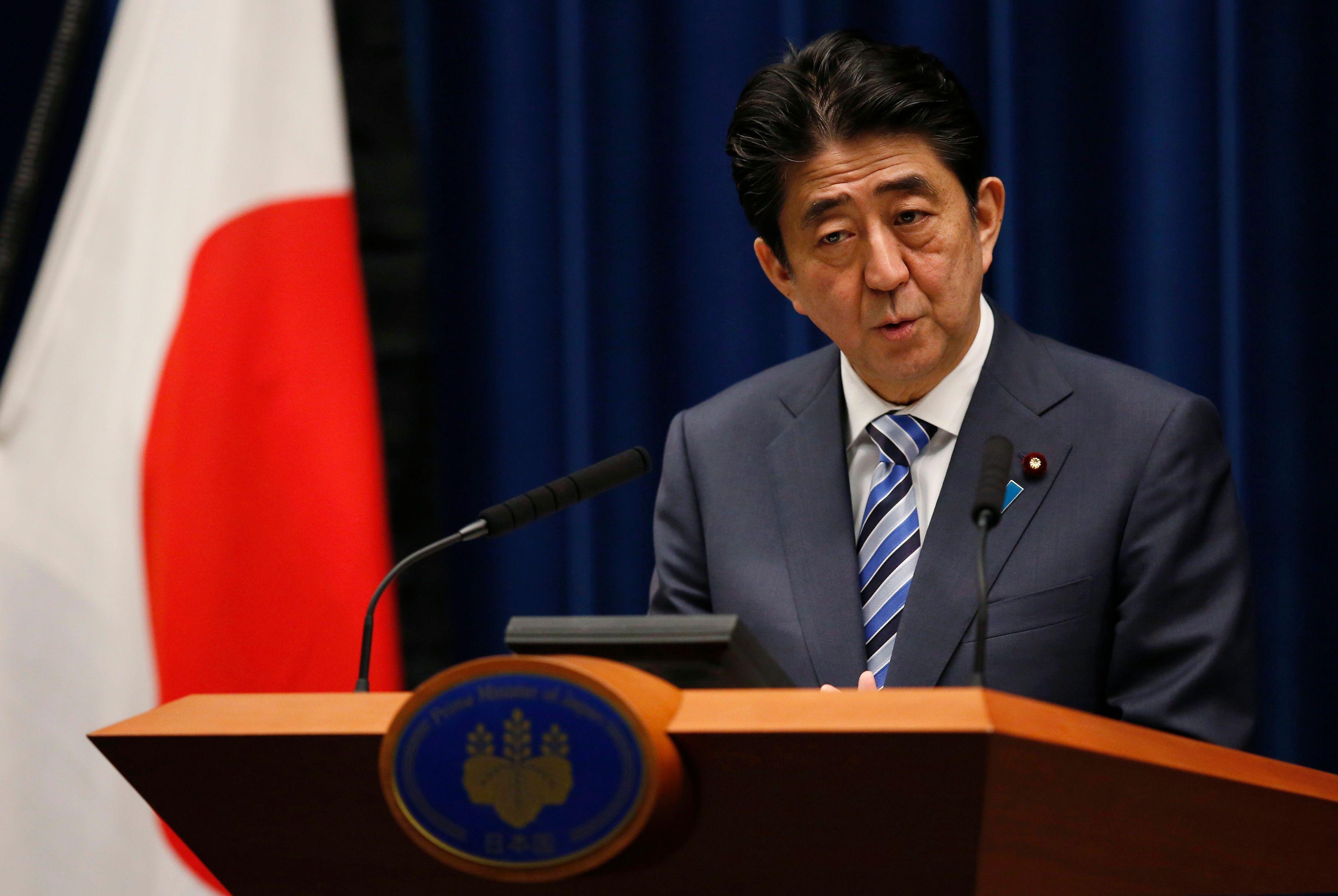 Première visite d'un Premier ministre japonais à Pearl Harbor : Shinzo Abe tente de se concilier les bonnes grâces de Donald Trump