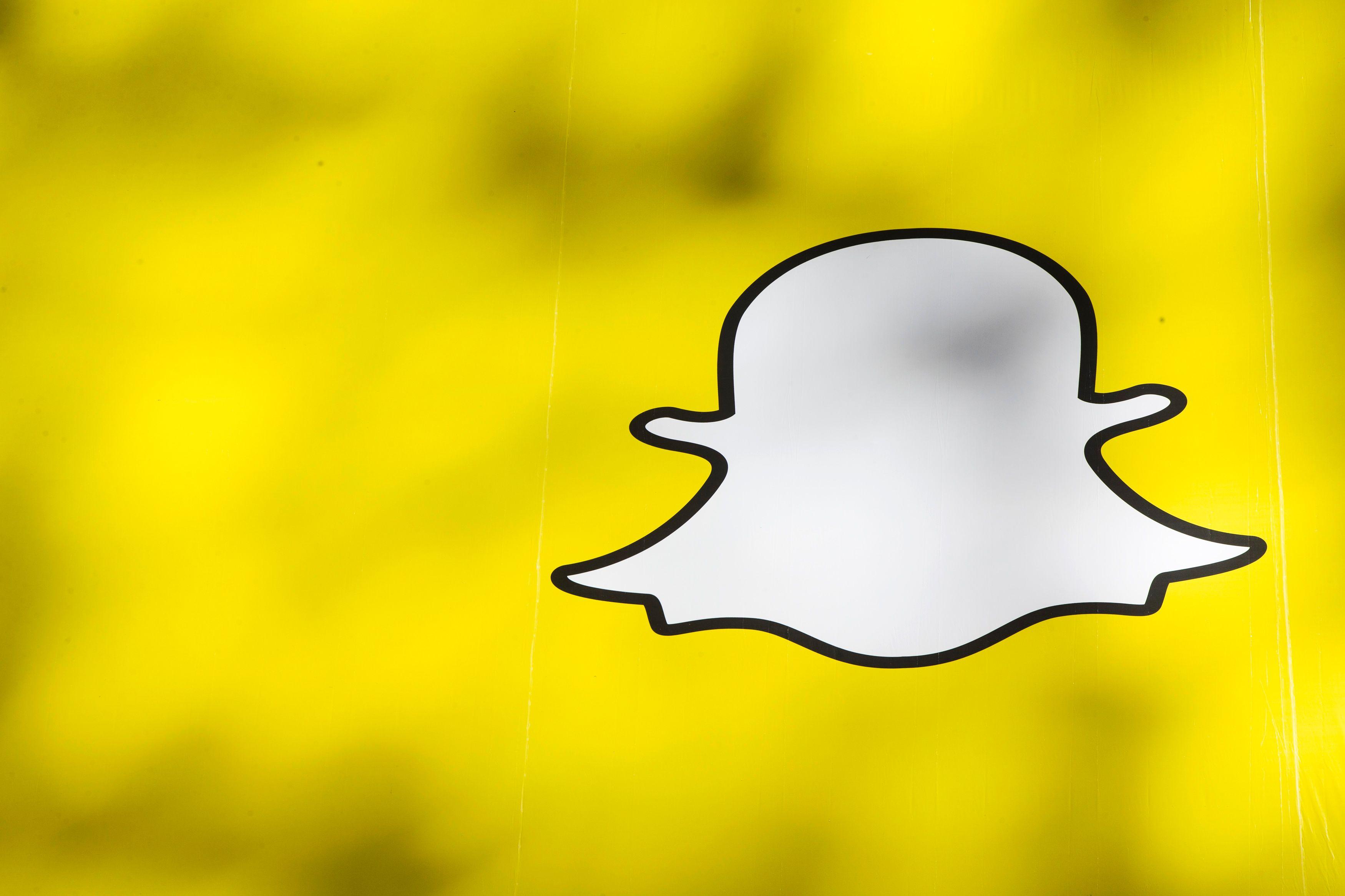 Comment les starlettes de Snapchat gagnent jusqu'à 10 000 dollars par mois