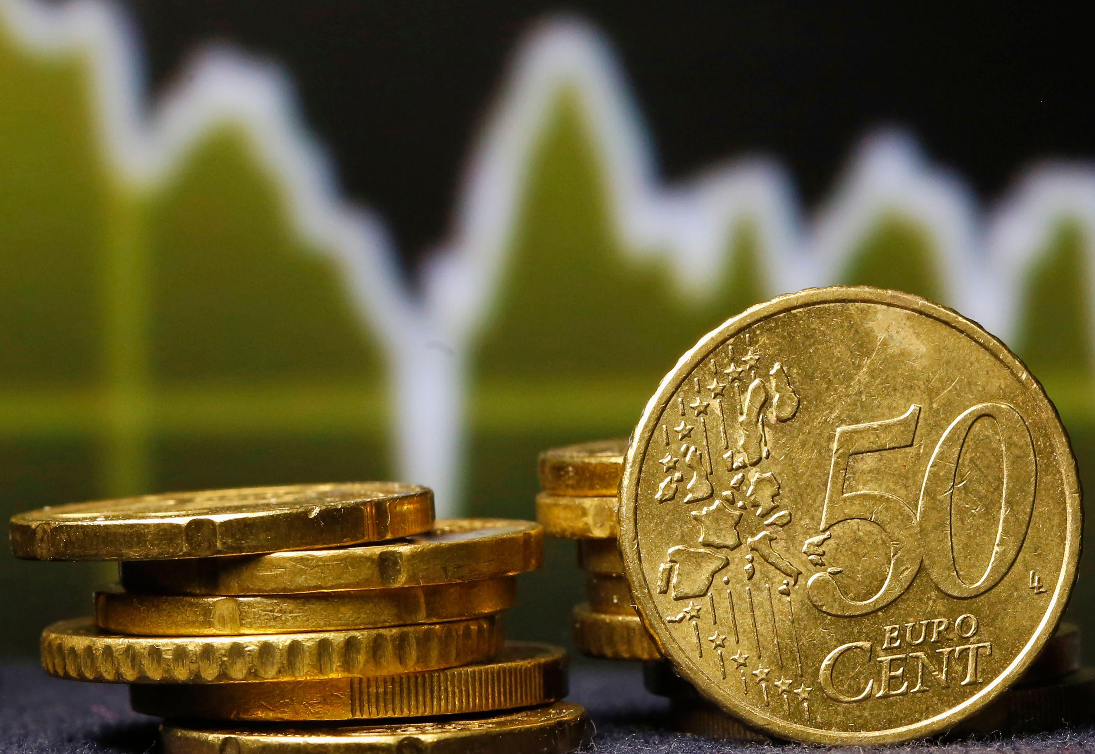 Croissance : la Banque de France table sur une hausse de 0,3 % pour le dernier trimestre de 2015