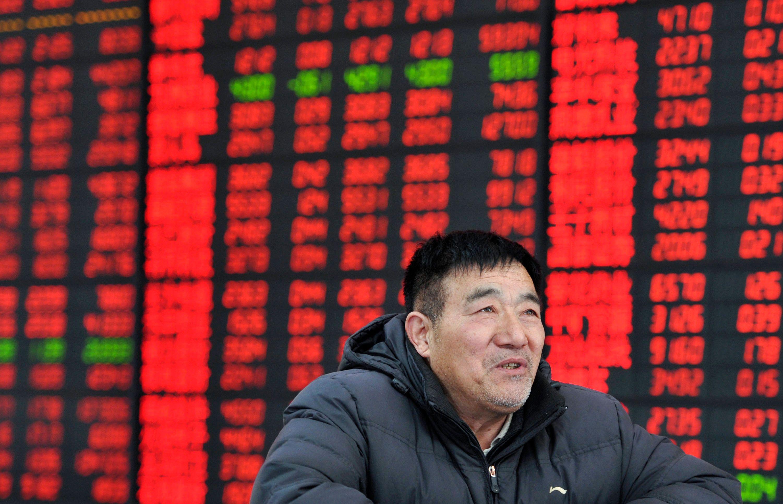 La chute de la bourse de Shanghai fait perdre 3,6 milliards de dollars à l'homme le plus riche de Chine