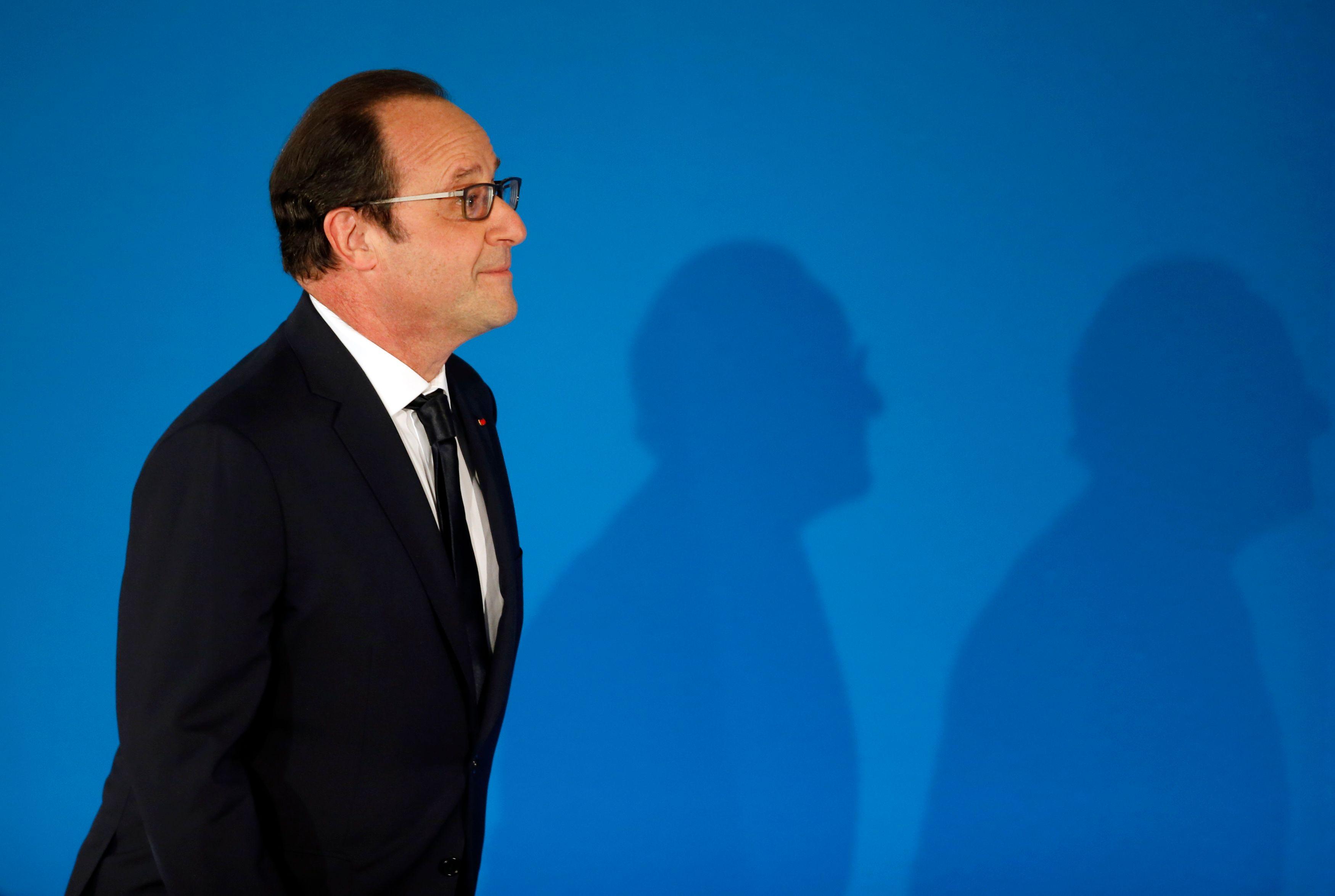 Apres un été meurtrier, la France de François Hollande est de plus en plus isolée !