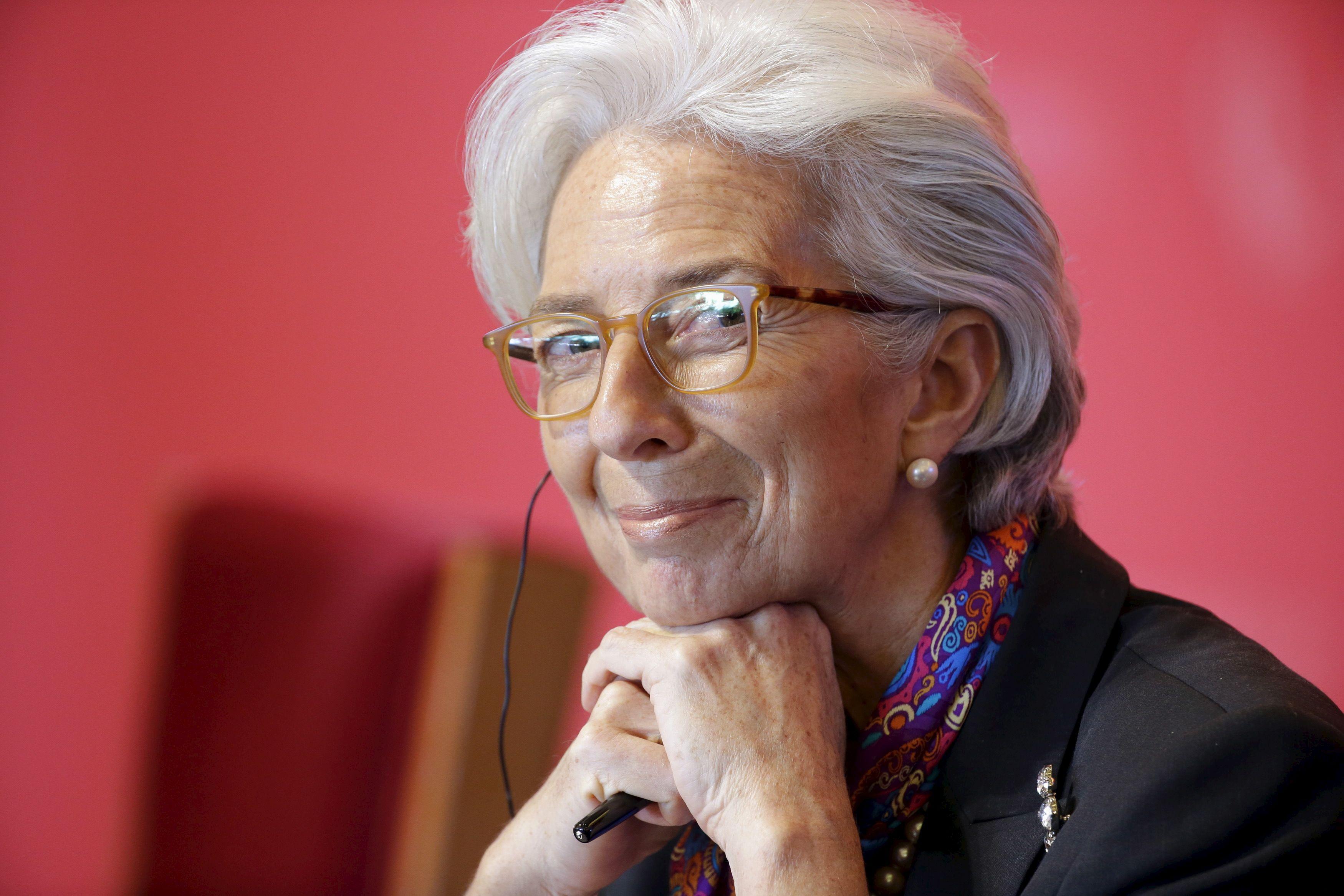 """Grèce: Christine Lagarde veut """"alléger le fardeau de la dette"""""""