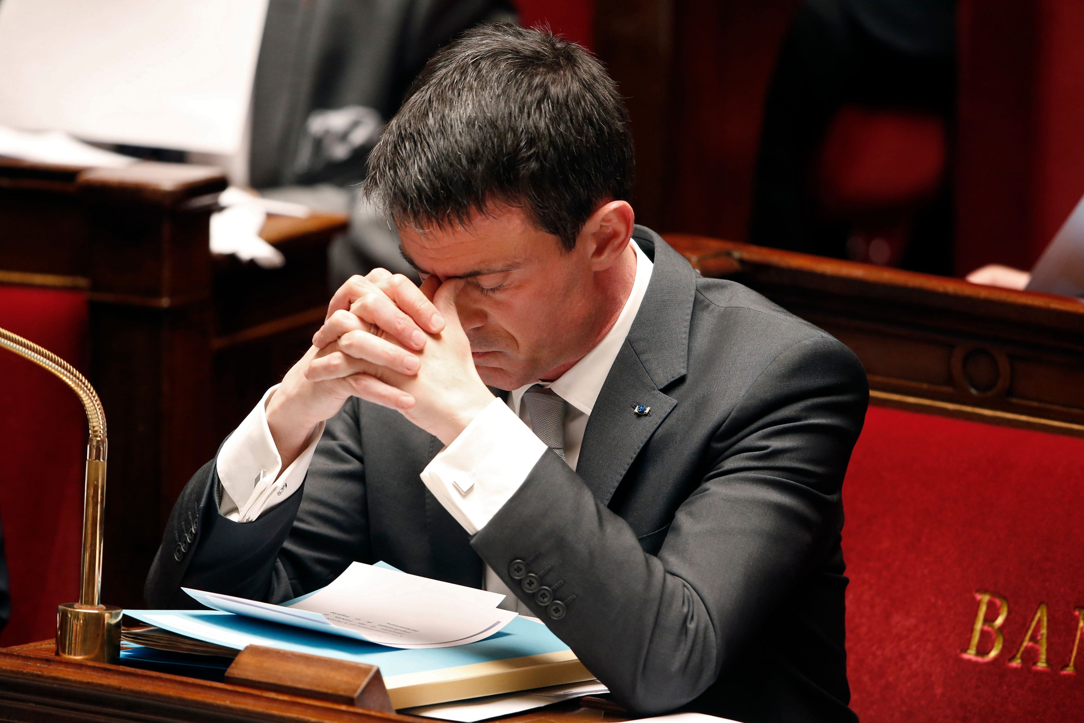 Manuel Valls à bout de souffle un an après sa nomination à Matignon.