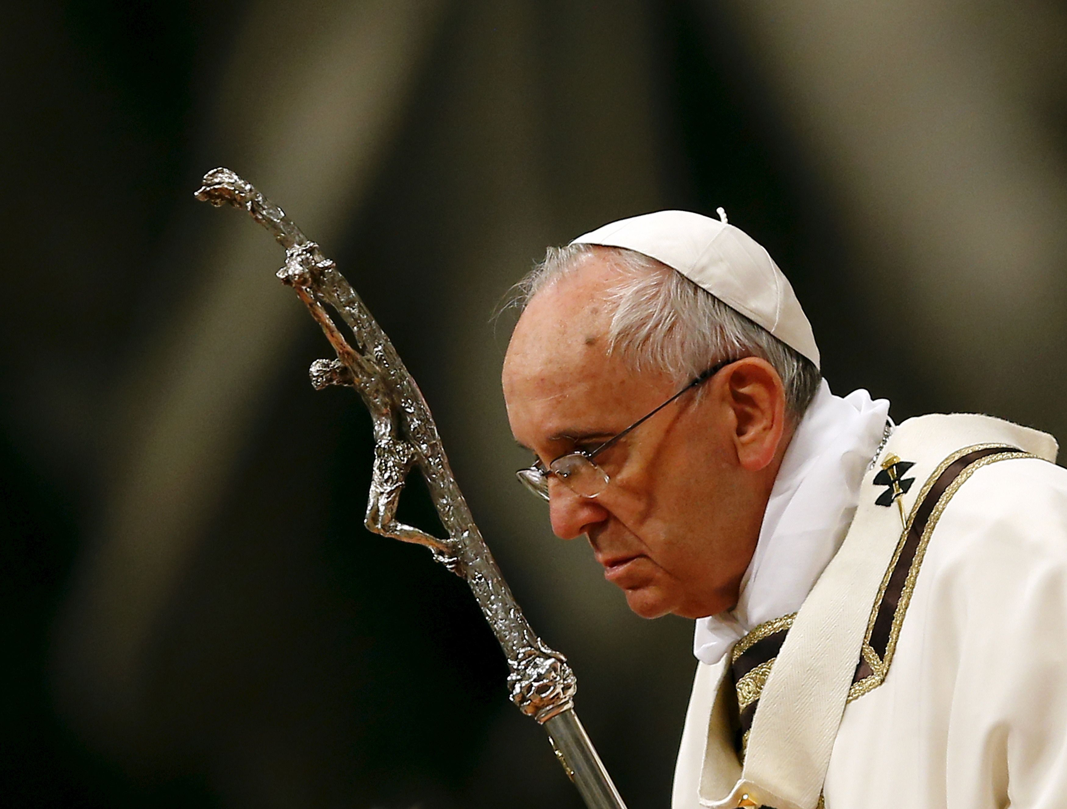 Le pape françois est à nouveau dans la tourmente.