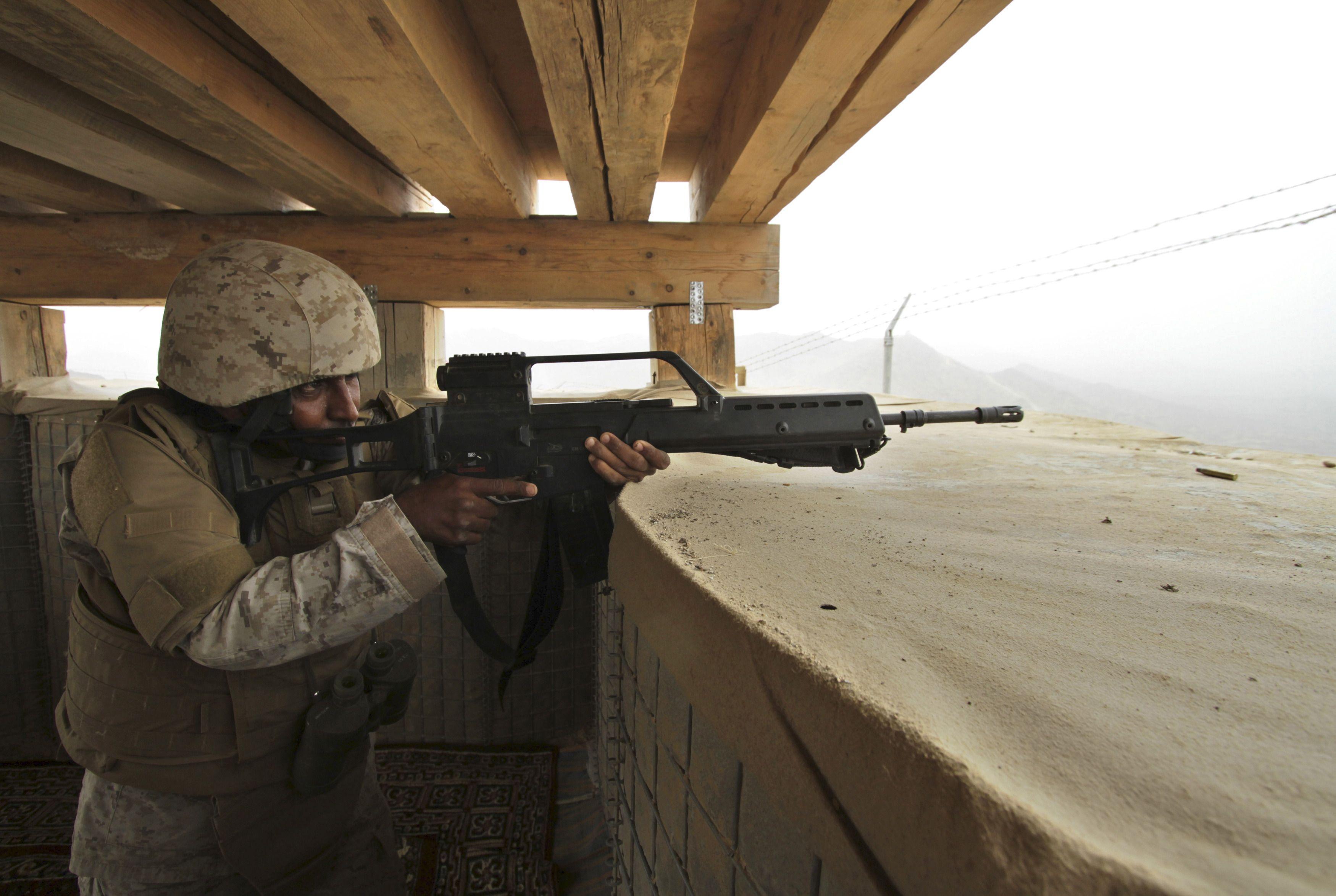 Un soldat de l'armée de l'Arabie saoudite.