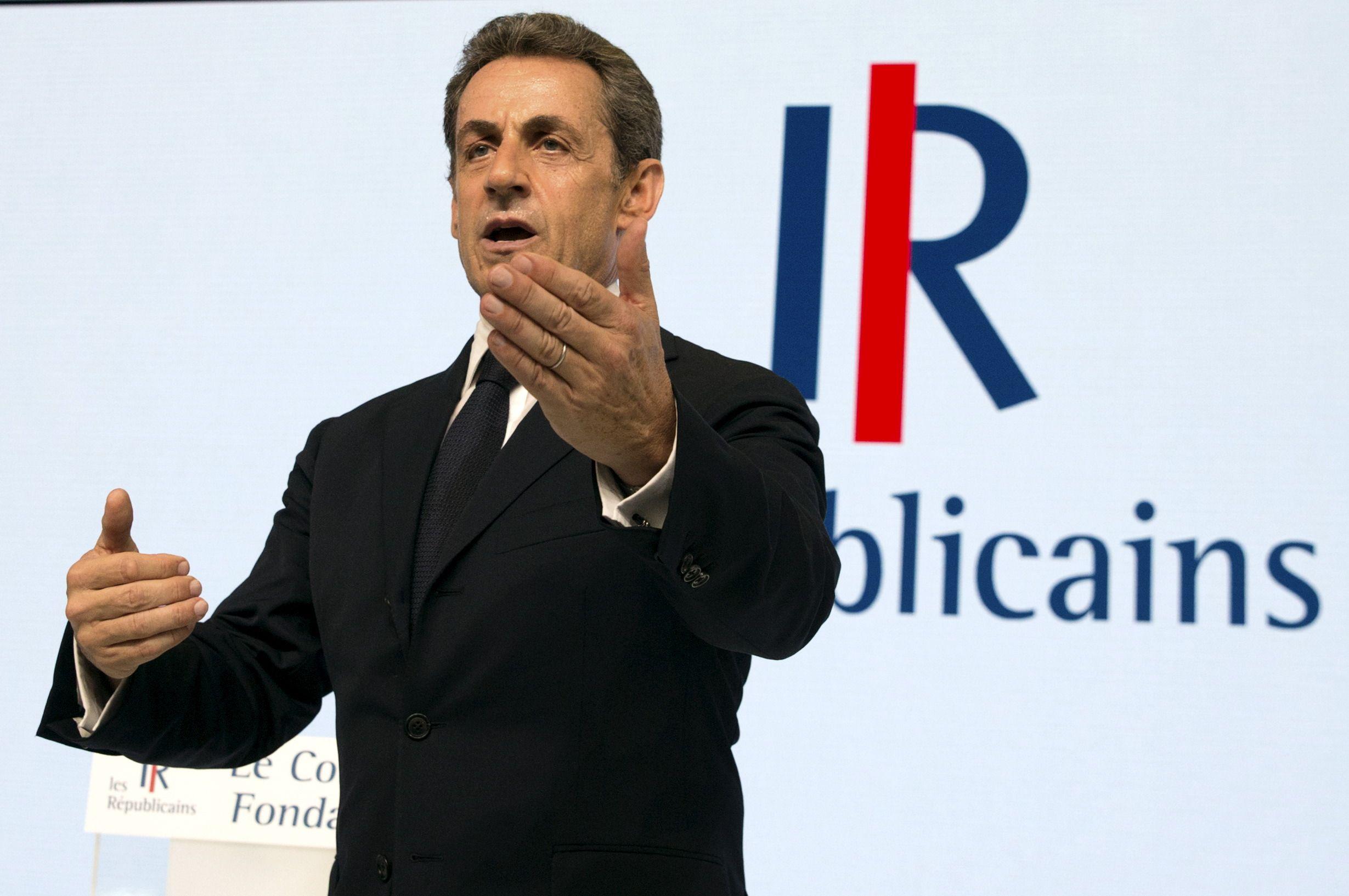 """""""Air cocaïne"""" : Nicolas Sarkozy demande """"au nom de quoi"""" son téléphone a été géolocalisé"""