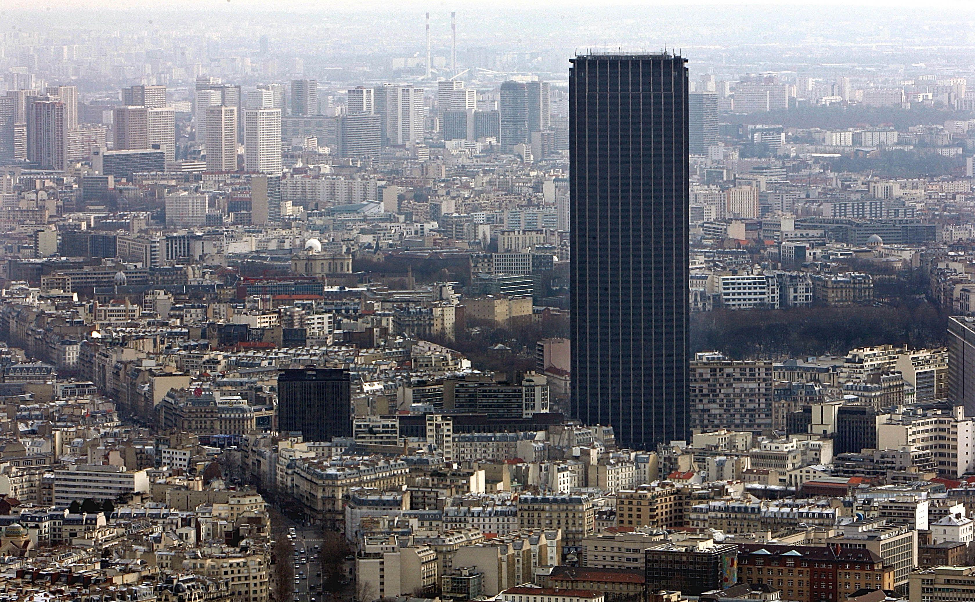 La tour Montparnasse va changer de façade.