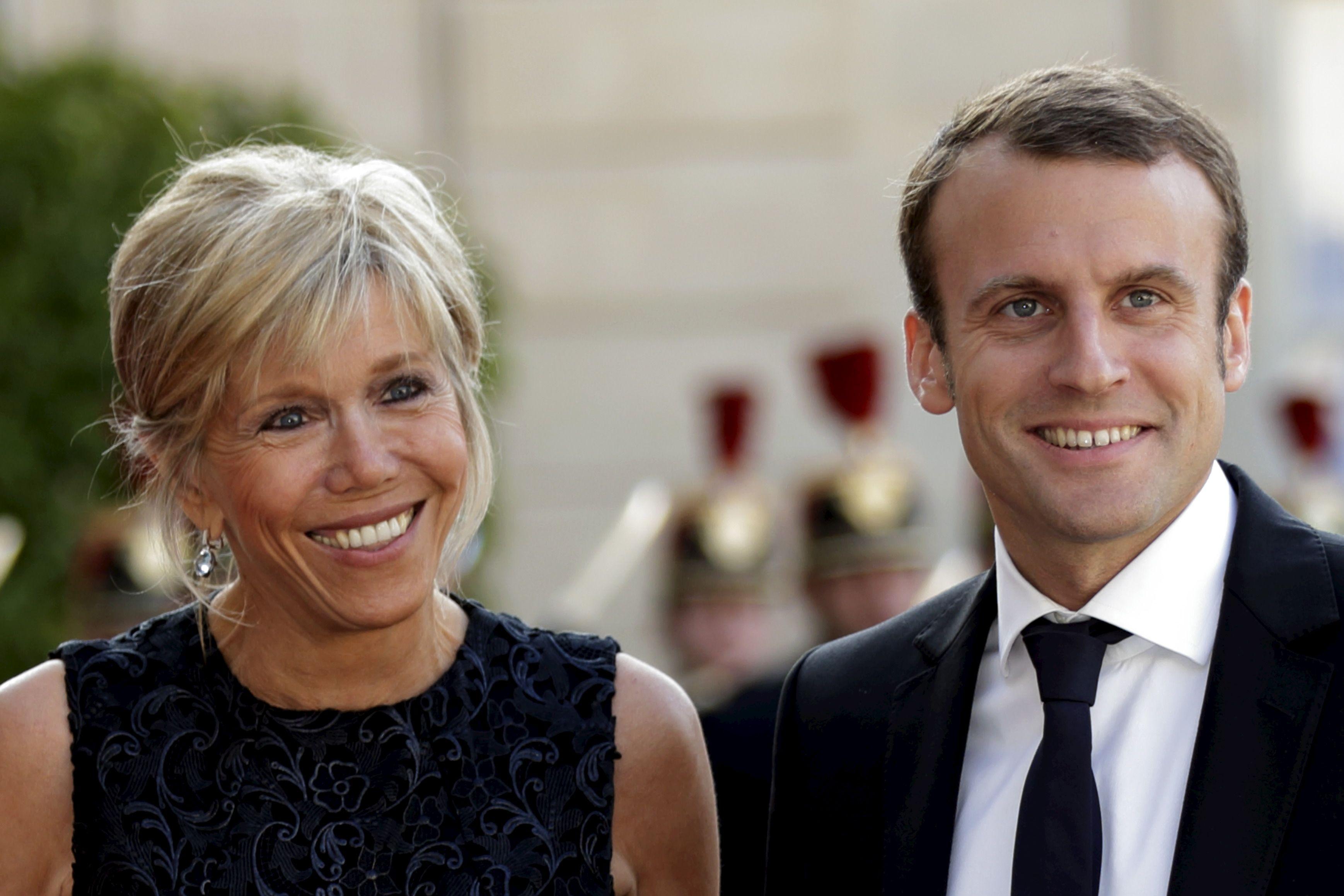 """Le """"jeunisme"""" de Brigitte, une démonstration que les 24 ans qui la séparent d'Emmanuel Macron ne gênent que """"les autres"""""""
