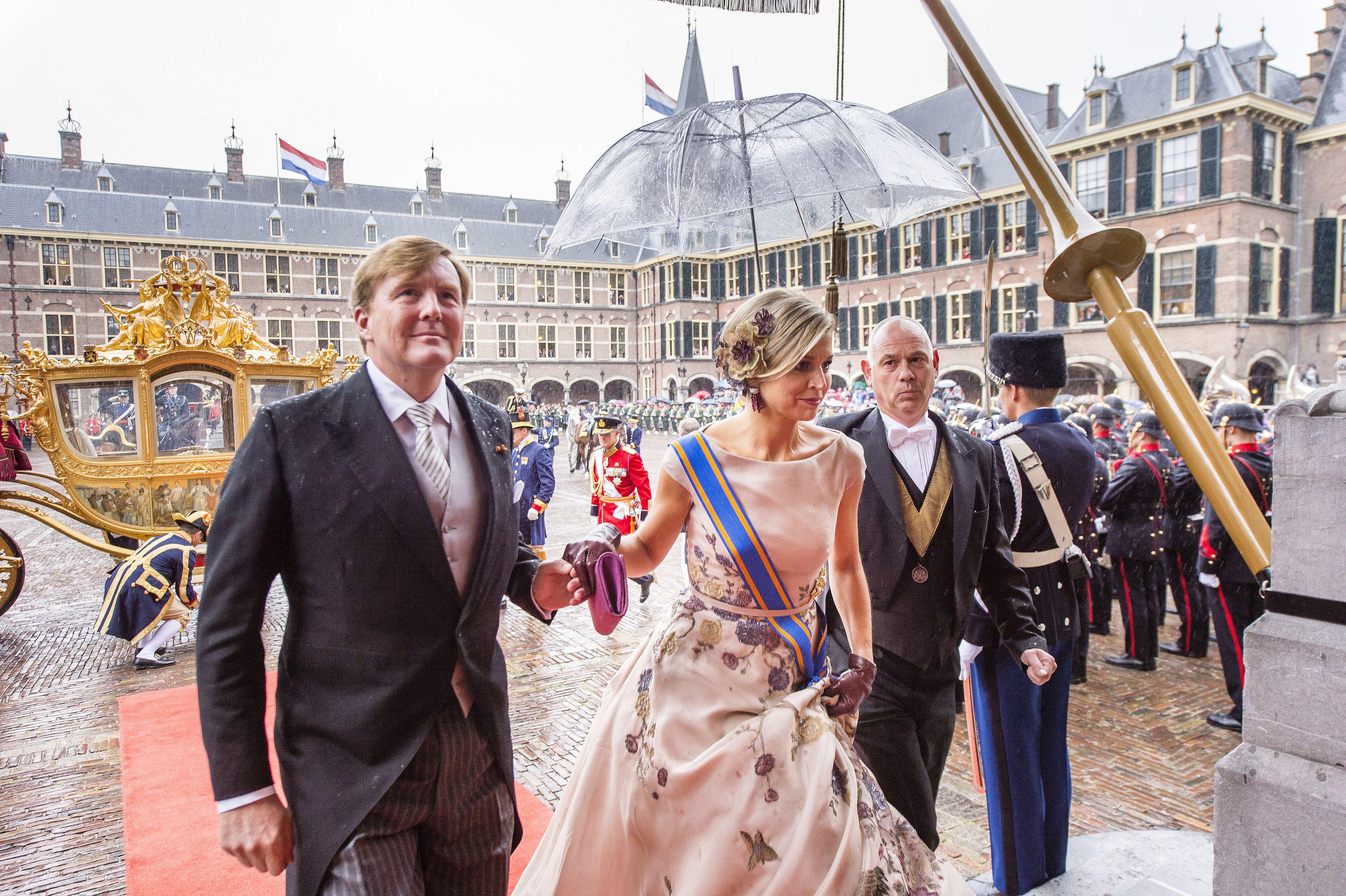 Pays-Bas : pour ses 50 ans, le roi invite 150 personnes nées le même jour que lui