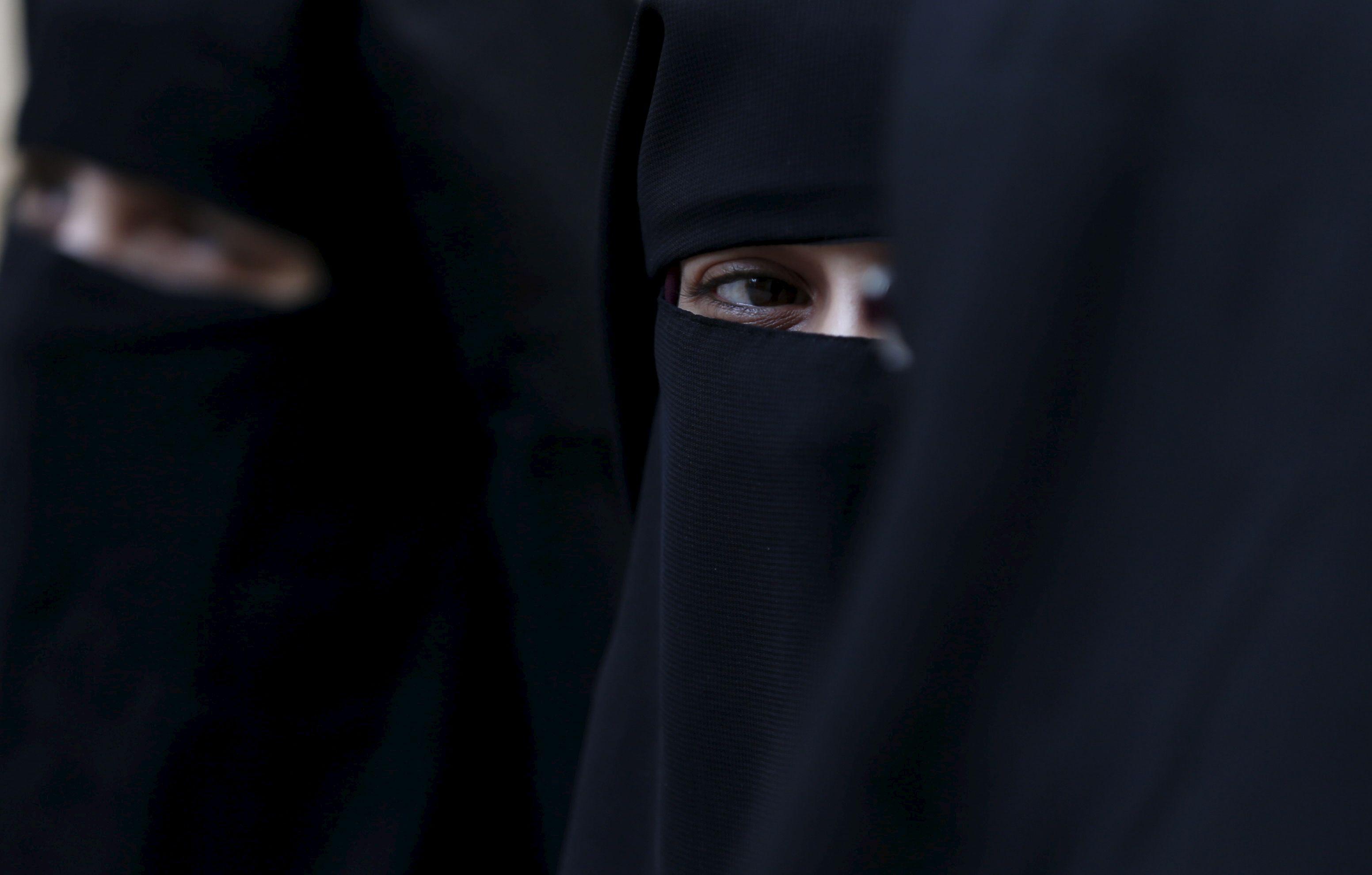 Royaume-Uni : les policières pourront porter la burqa
