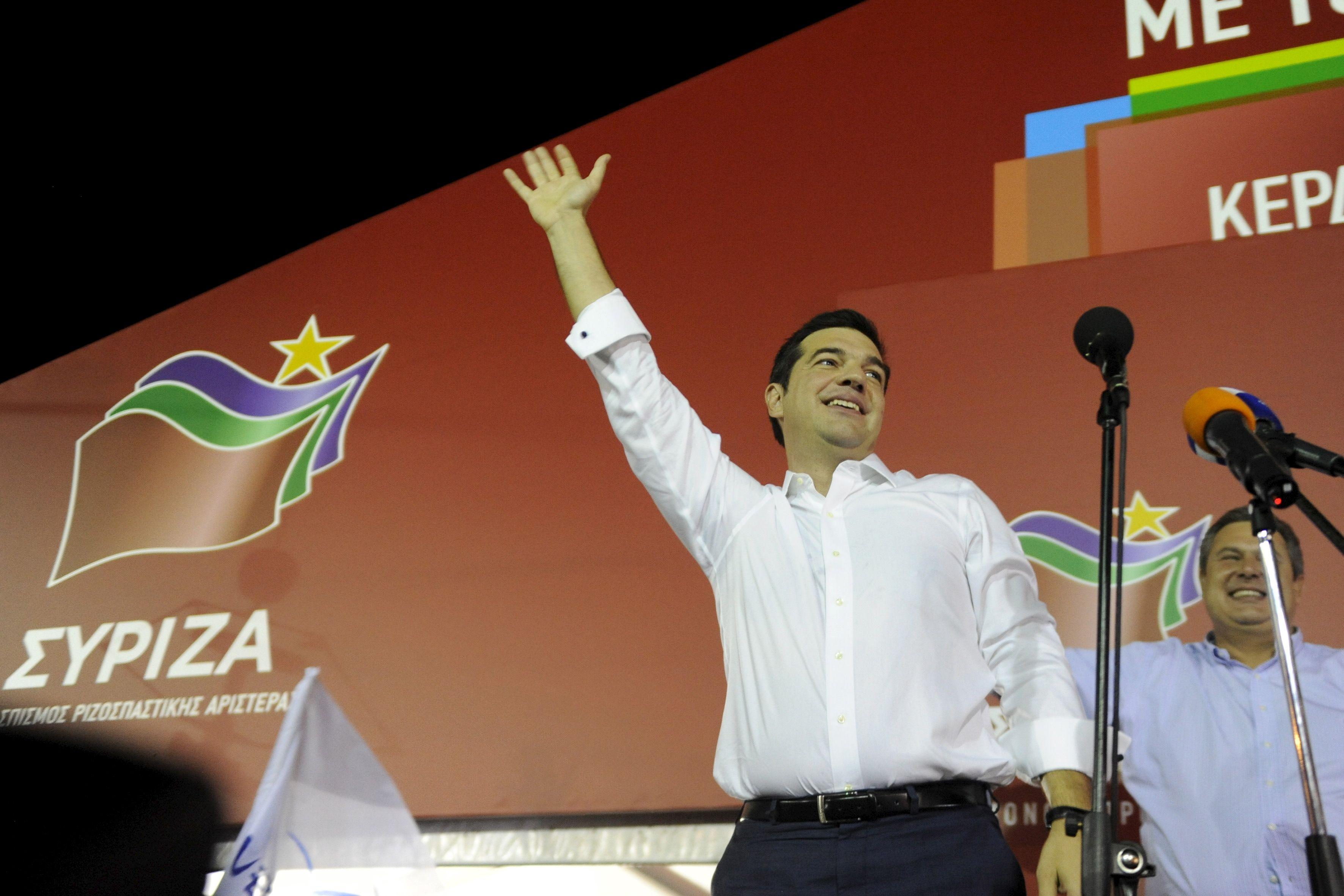 Alexis Tsipras doit former une coalition avec des partis qui ont obtenu des sièges au Parlement.
