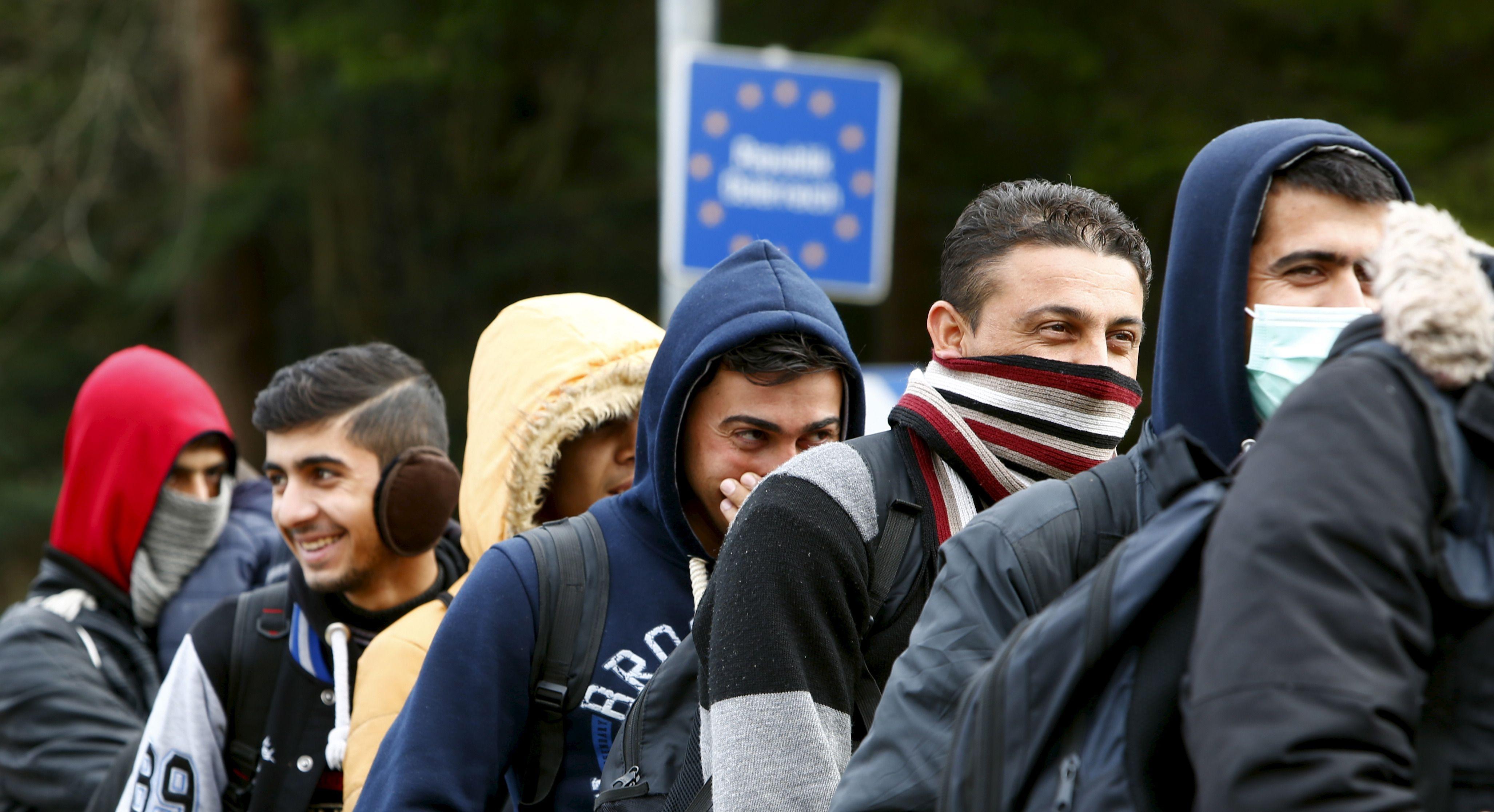 """""""Nous devons atteindre un rythme de 6000 personnes par mois"""", exige la Commission européenne."""