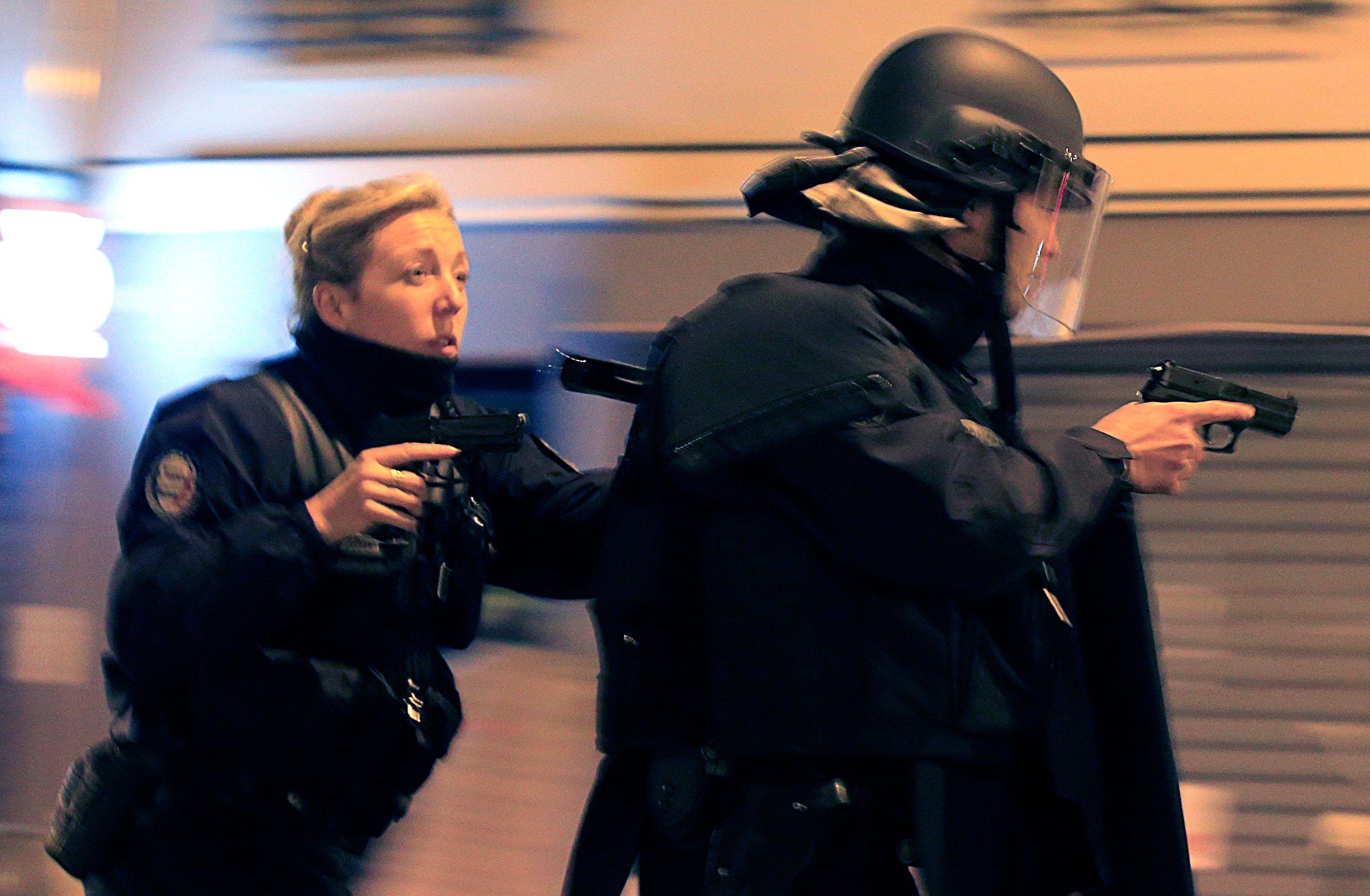 Attentats de Paris : la cousine de Fabien Clain stupéfaite de l'avoir entendu revendiquer les attaques du 13 novembre