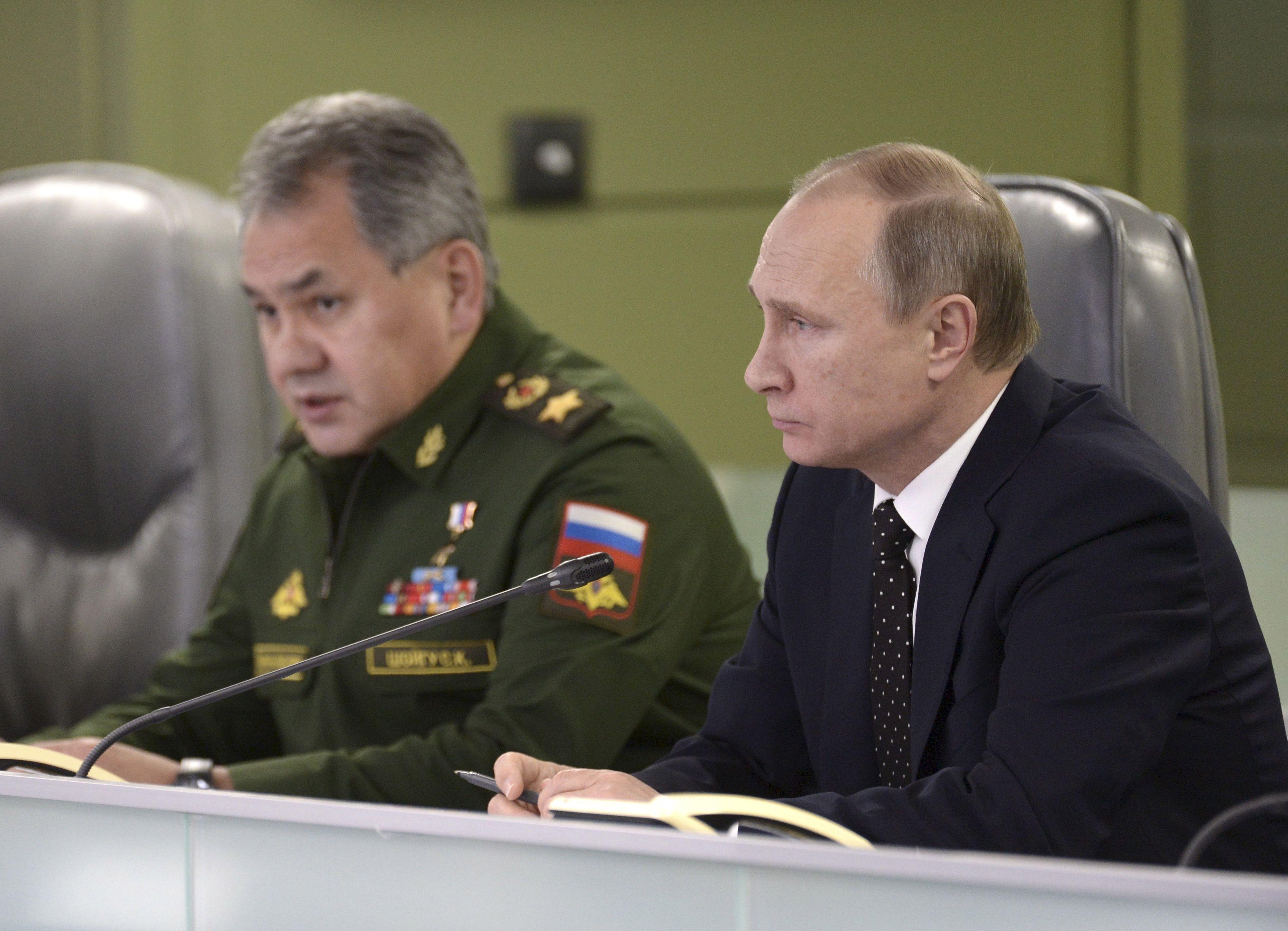 """Vladimir Poutine propose """"un état-major commun"""" de la coalition contre l'Etat islamique."""