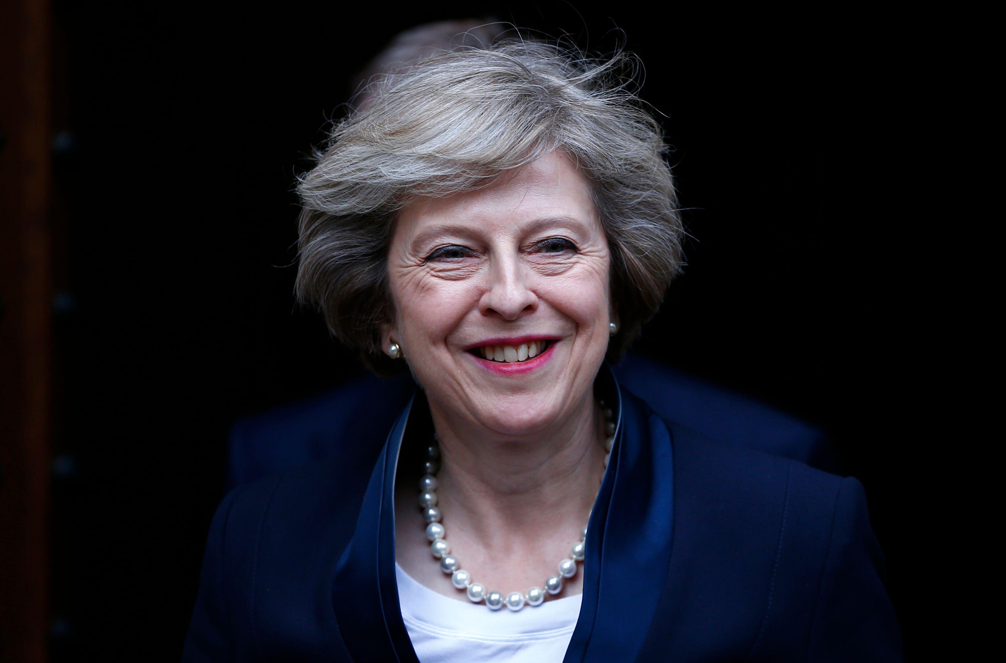 Coup de projecteur sur Theresa May, prochain Premier ministre britannique