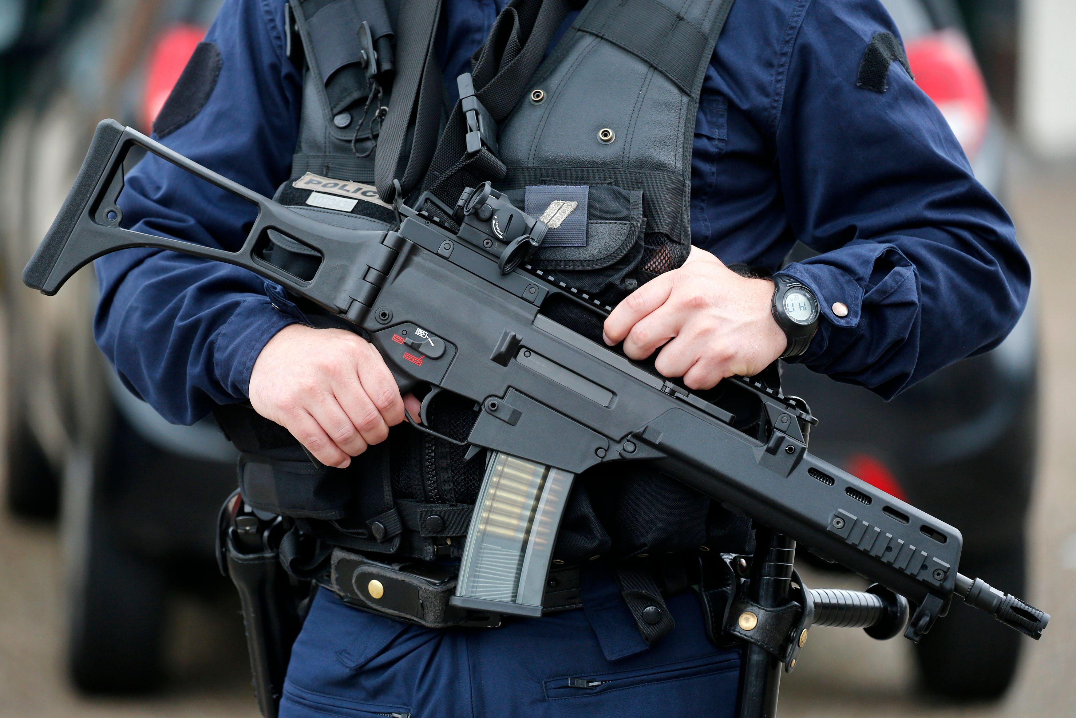 Terrorisme : deux personnes interpellées avant Noël