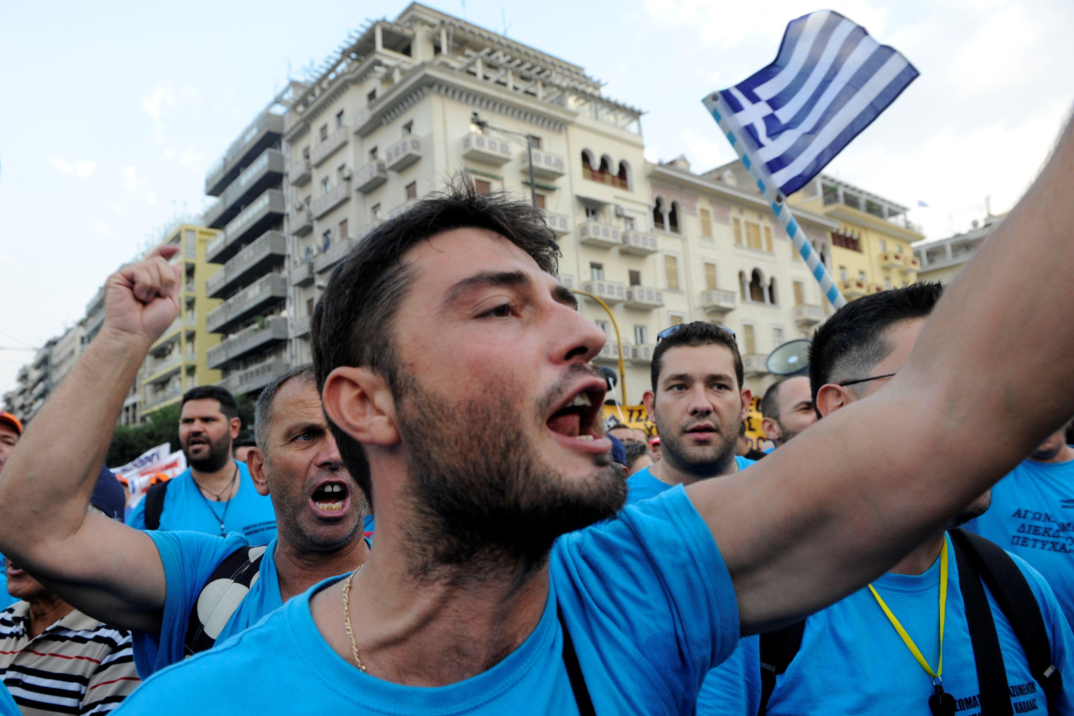 La Grèce sort la tête de l'eau… mais les Grecs pas tout à fait encore