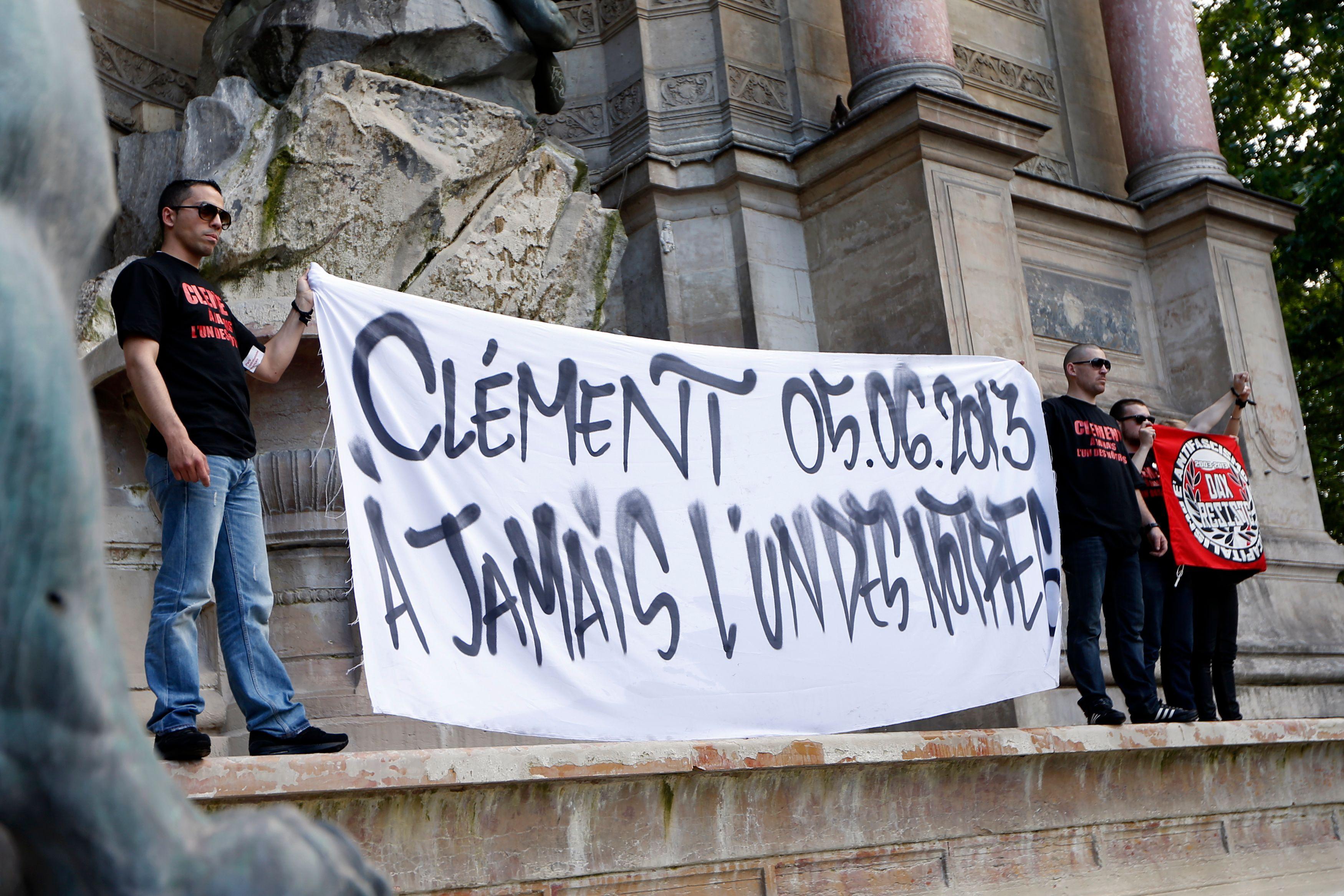 Rassemblement jeudi soir place Saint-Michel à Paris à la mémoire de Clément Méric.