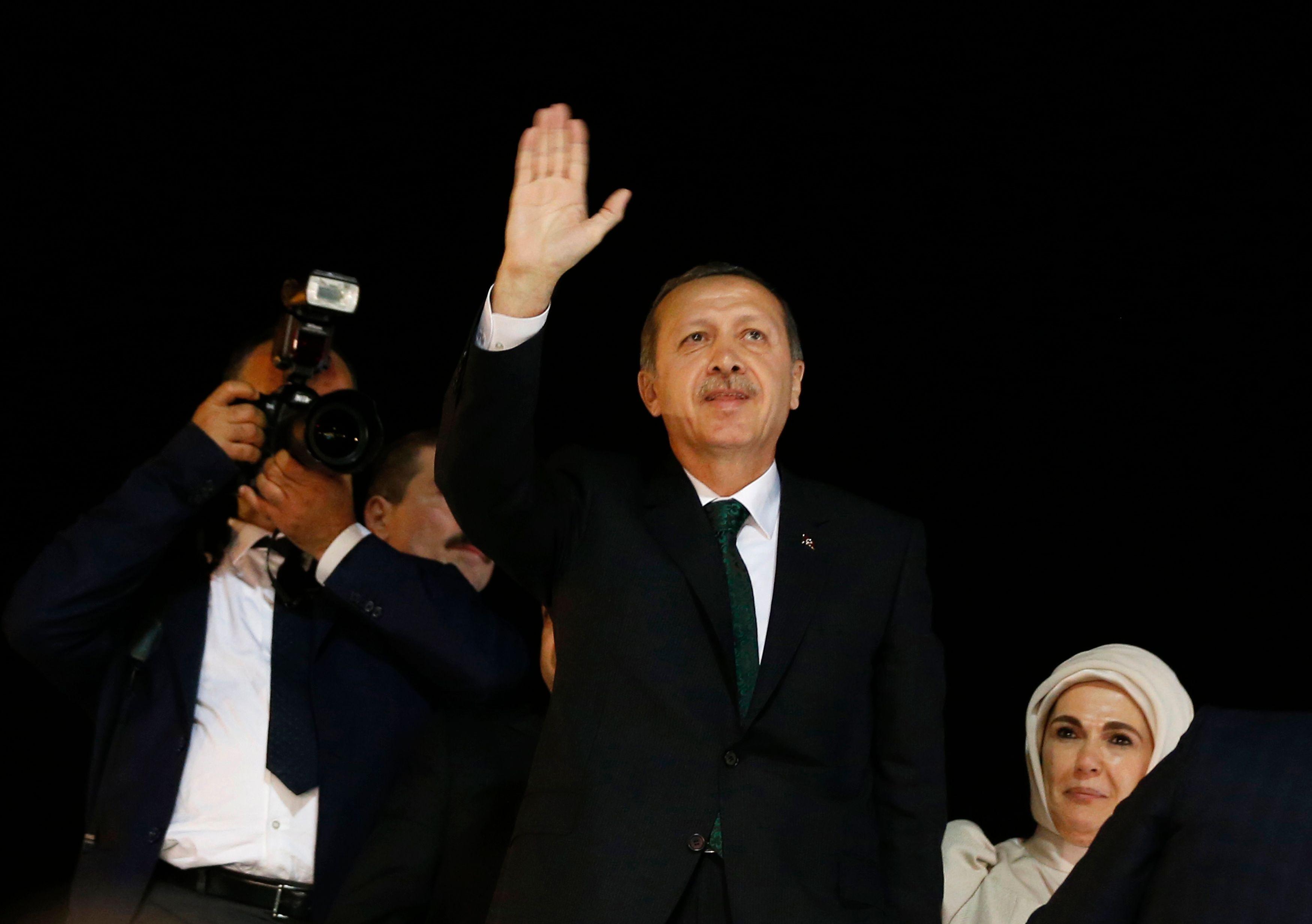 """""""J'appelle à une fin immédiate des manifestations"""", a déclaré le Premier ministre turc vendredi."""