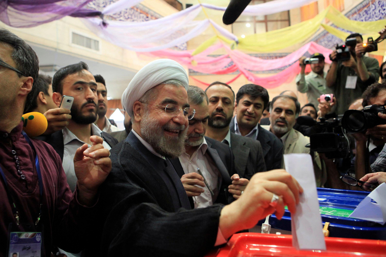 Samedi matin, le modéré Hassan Rohani arrivait en tête du premier tour de la présidentielle iranienne avec 52% des voix.