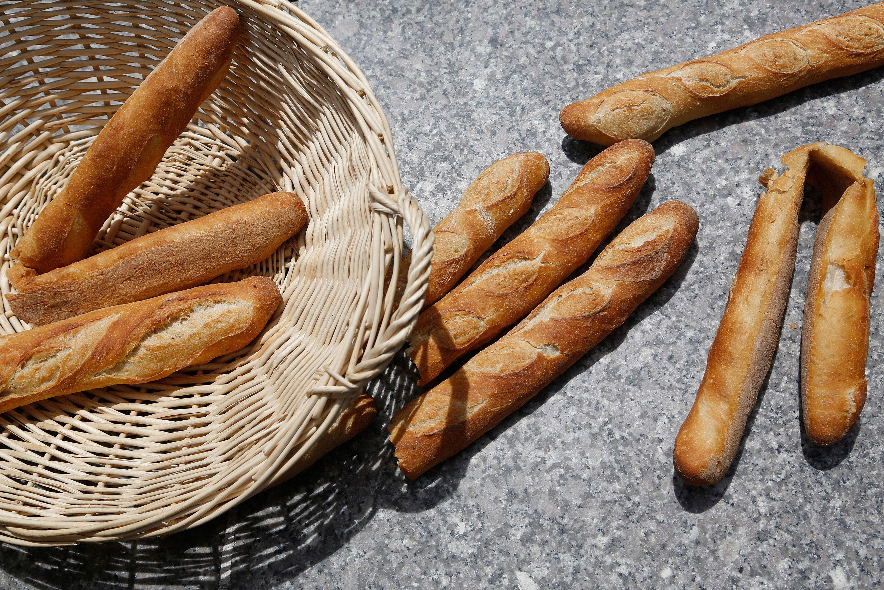 Emmanuel Macron veut que la baguette de pain entre au patrimoine mondial de l'humanité