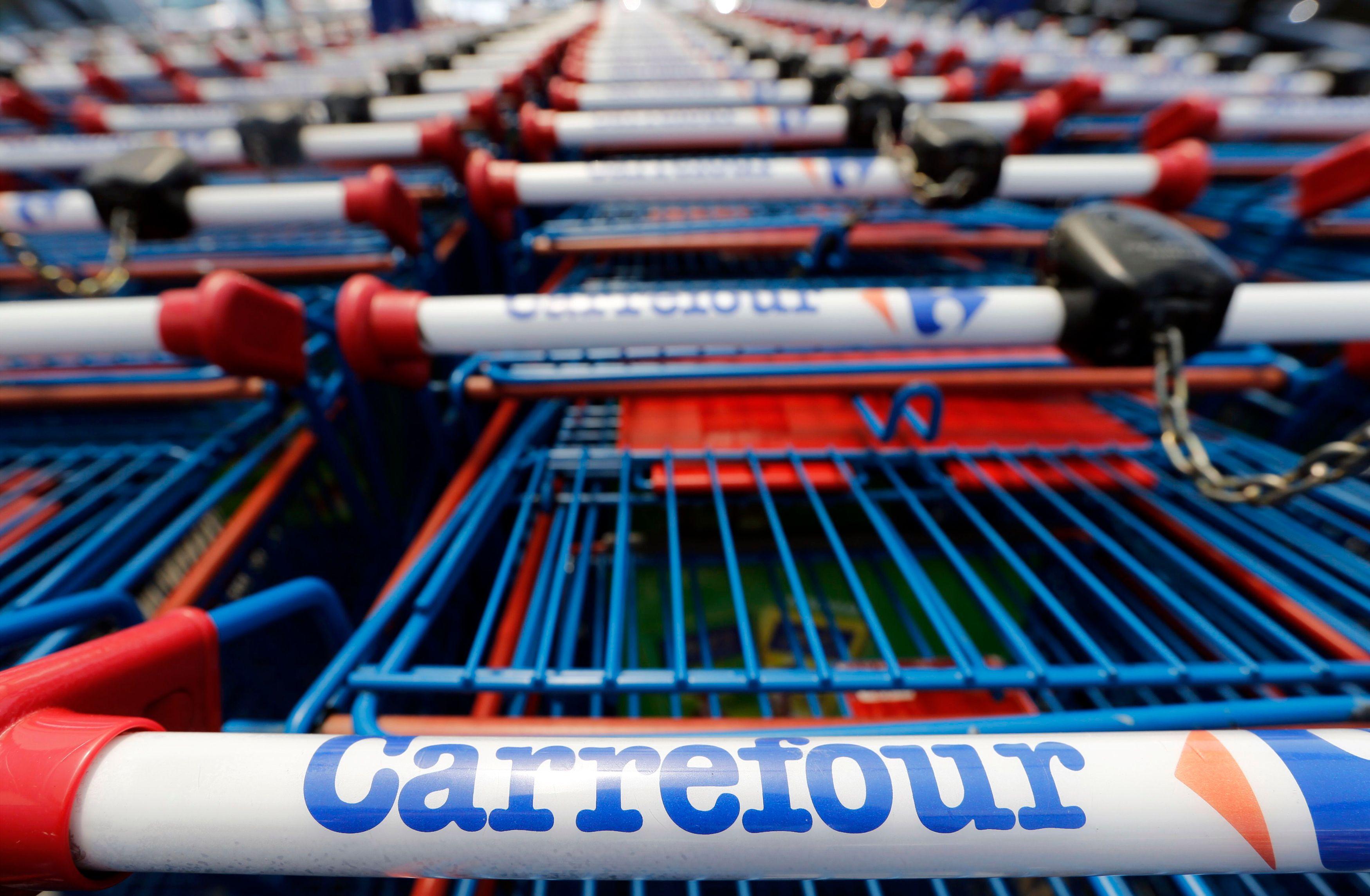 Alexandre Bompard à la tête de Carrefour : le monde du grand business parisien découvre son « Macron »