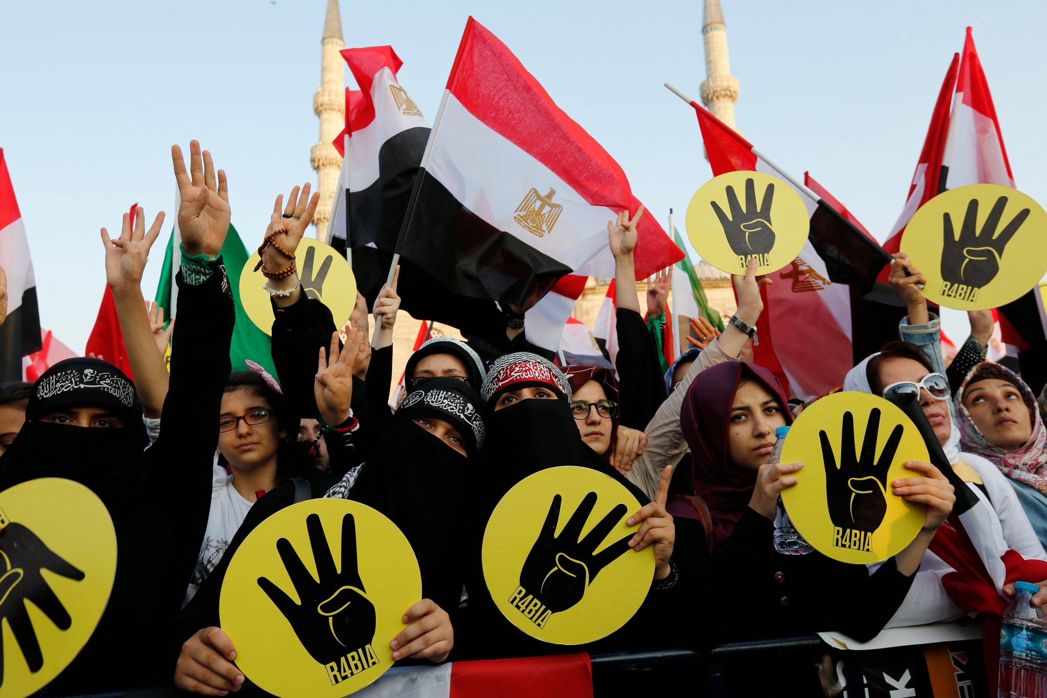 Egypte : les islamistes veulent continuer à battre le pavé
