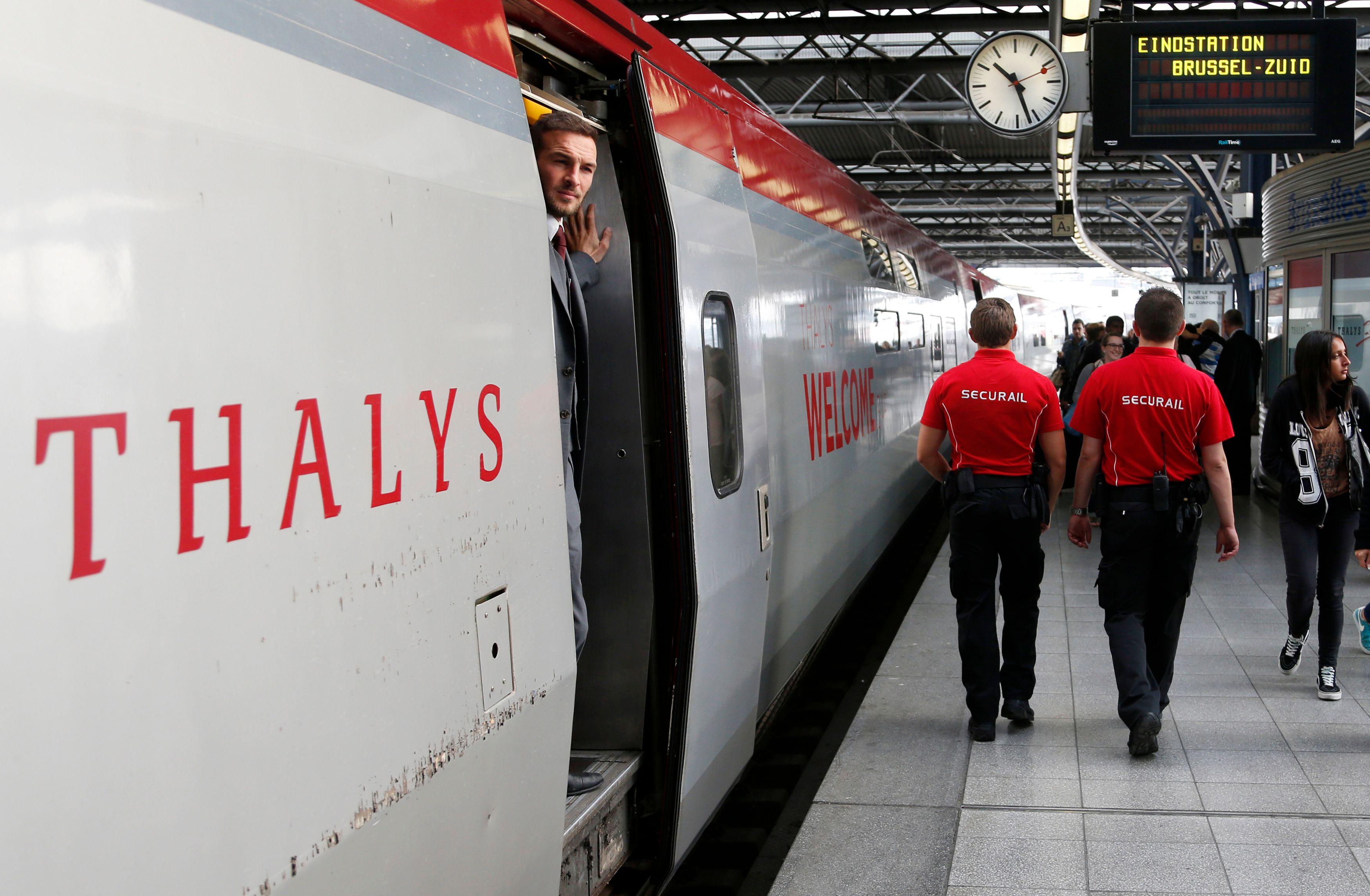 Un tireur a ouvert le feu vendredi soir dans un Thalys avant d'être neutralisé par des passagers.