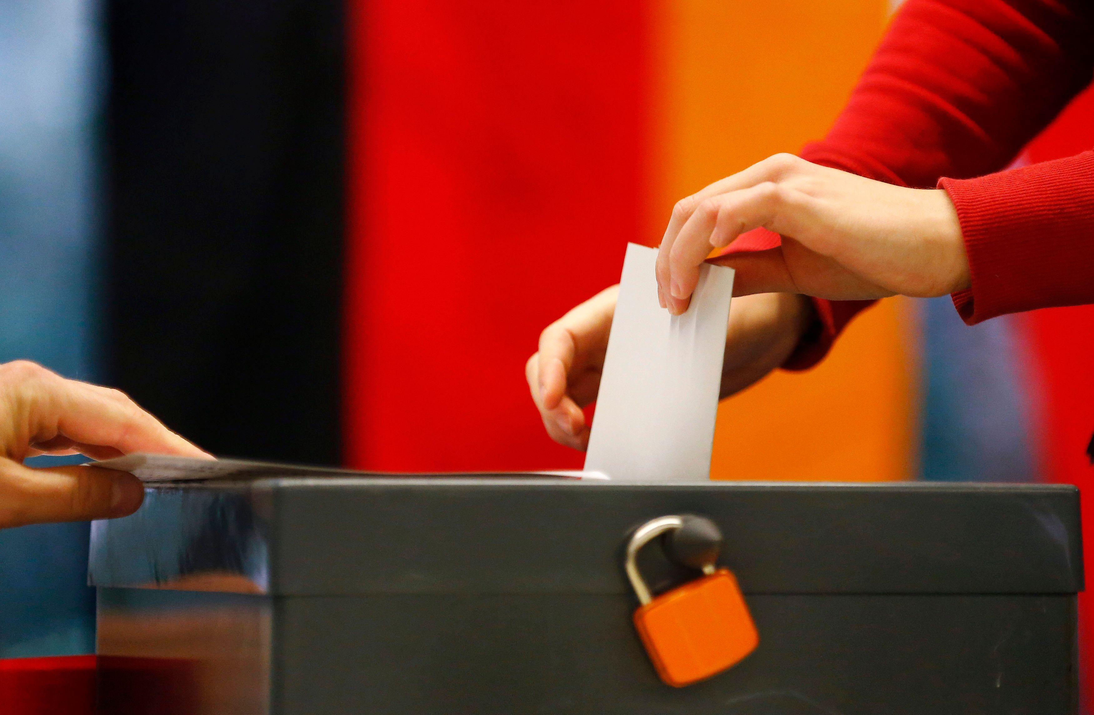 Près de 62 millions d'Allemands sont appelés aux urnes ce dimanche.