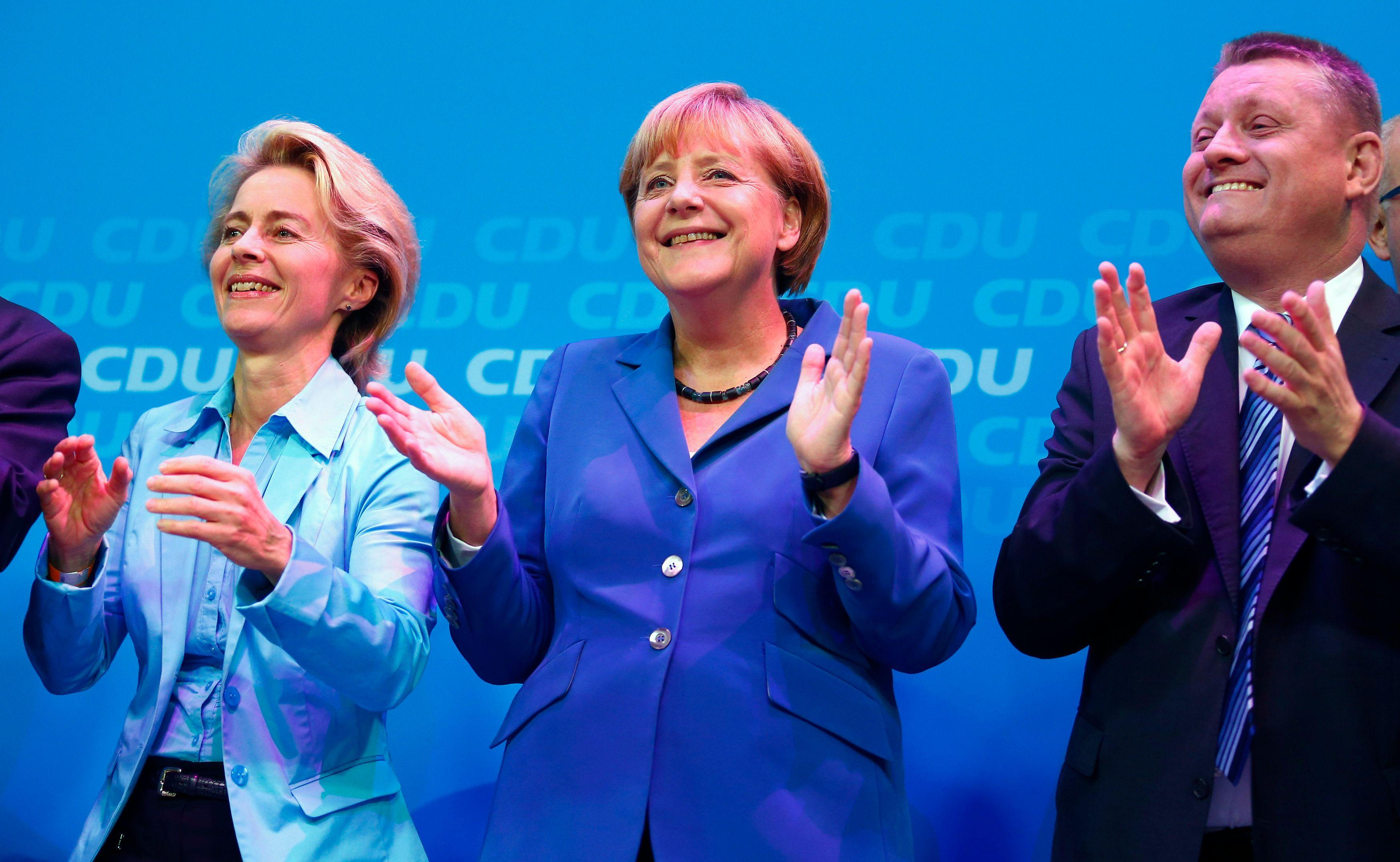 Le parti d'Angela Merkel devra probablement gouverner avec l'opposition sociale-démocrate.
