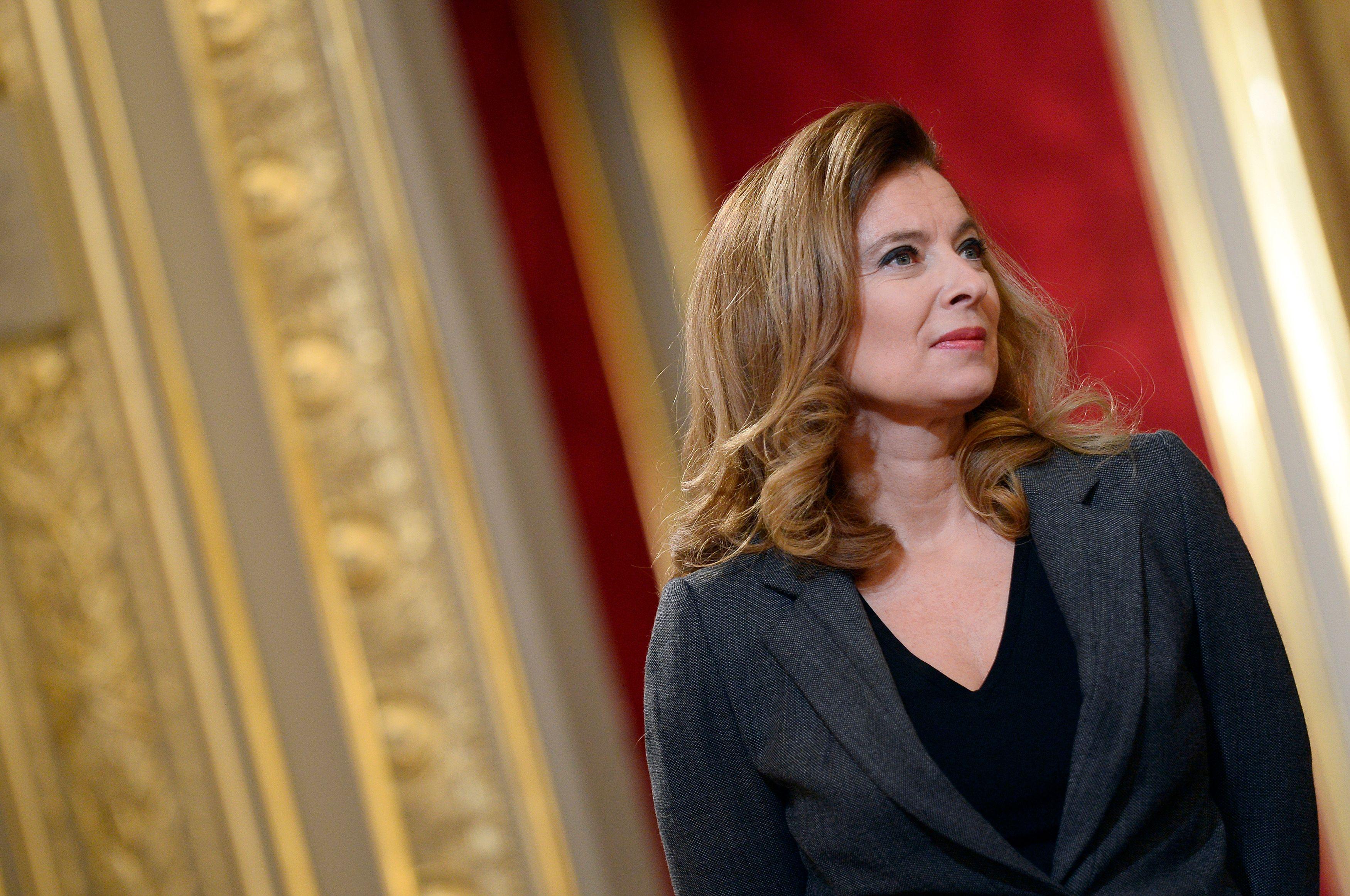 """Valérie Trierweiler désavoue son avocate qui """"a parlé sans savoir"""""""