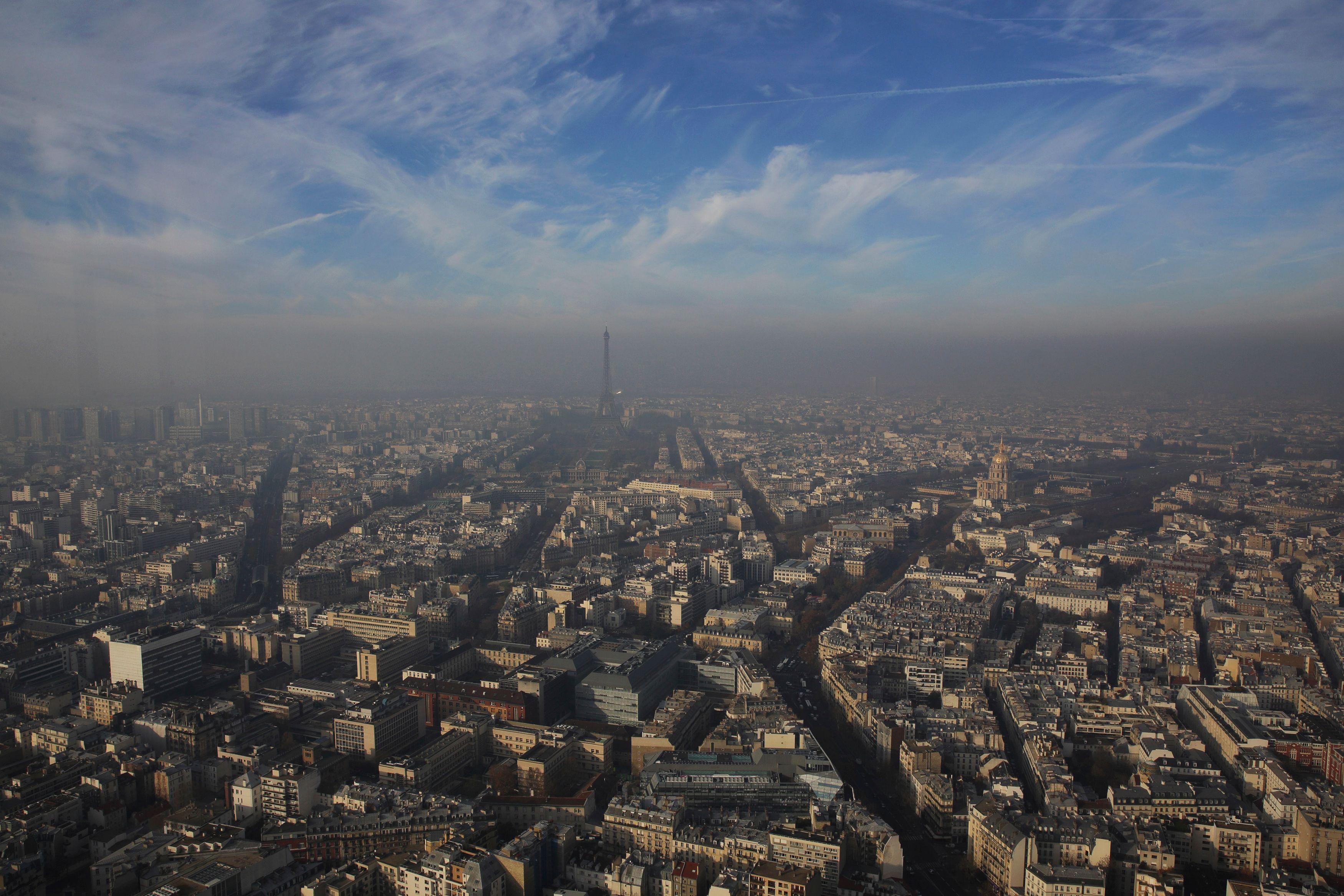 Pollution : nouveau pic de particules fines à Paris, la circulation alternée devrait être mise en place mardi