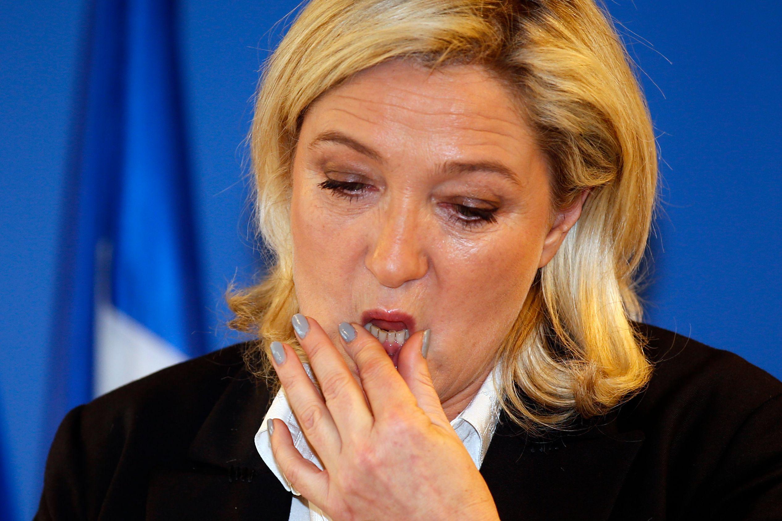 """Les juges Renaud Van Ruymbeke et Aude Buresi enquêtent sur un possible """"financement illégal de campagne électorale"""" du FN."""