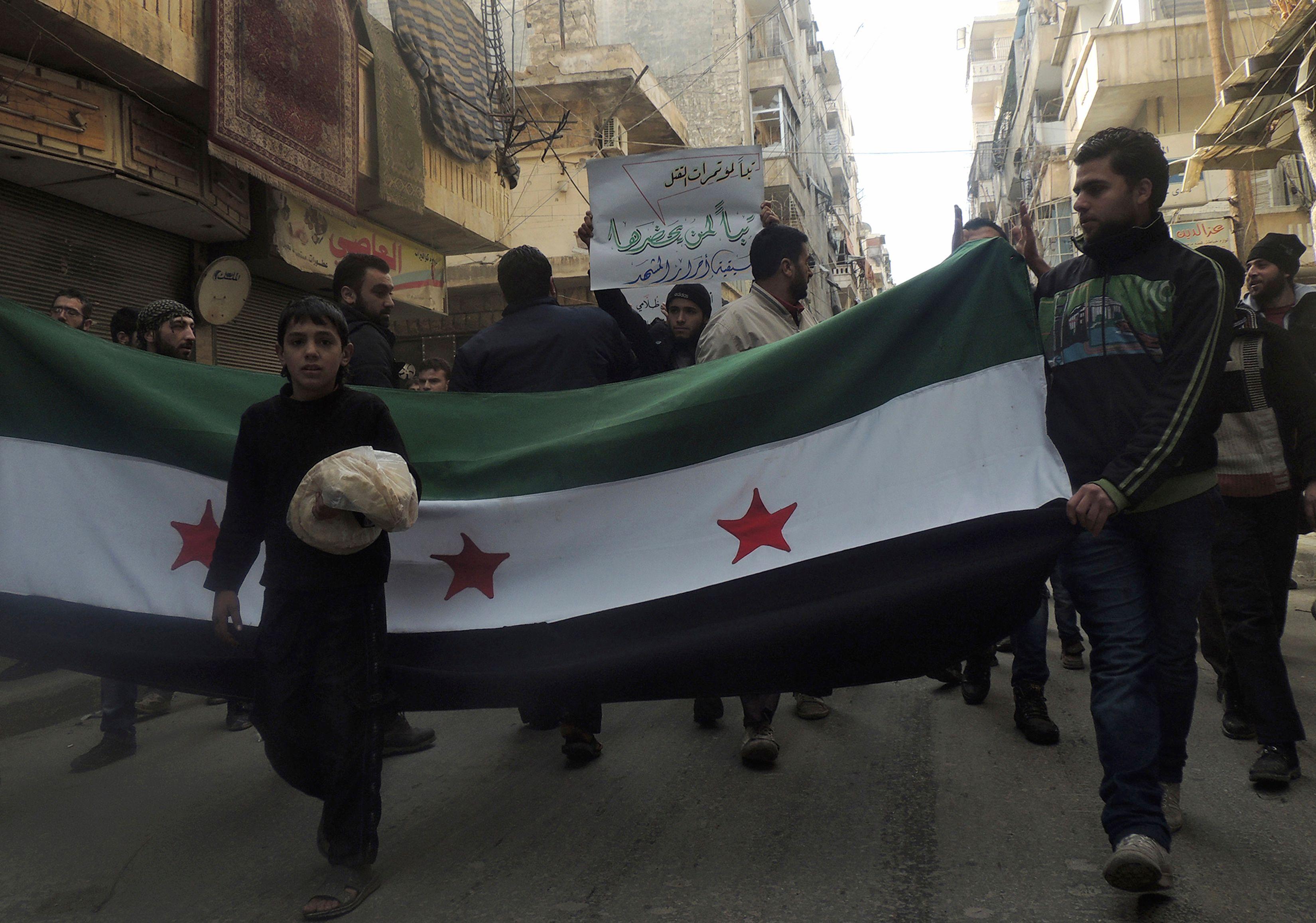 En Syrie les affrontements n'ont pas seulement lieu entre groupes armés rebelles et forces gouvernementales