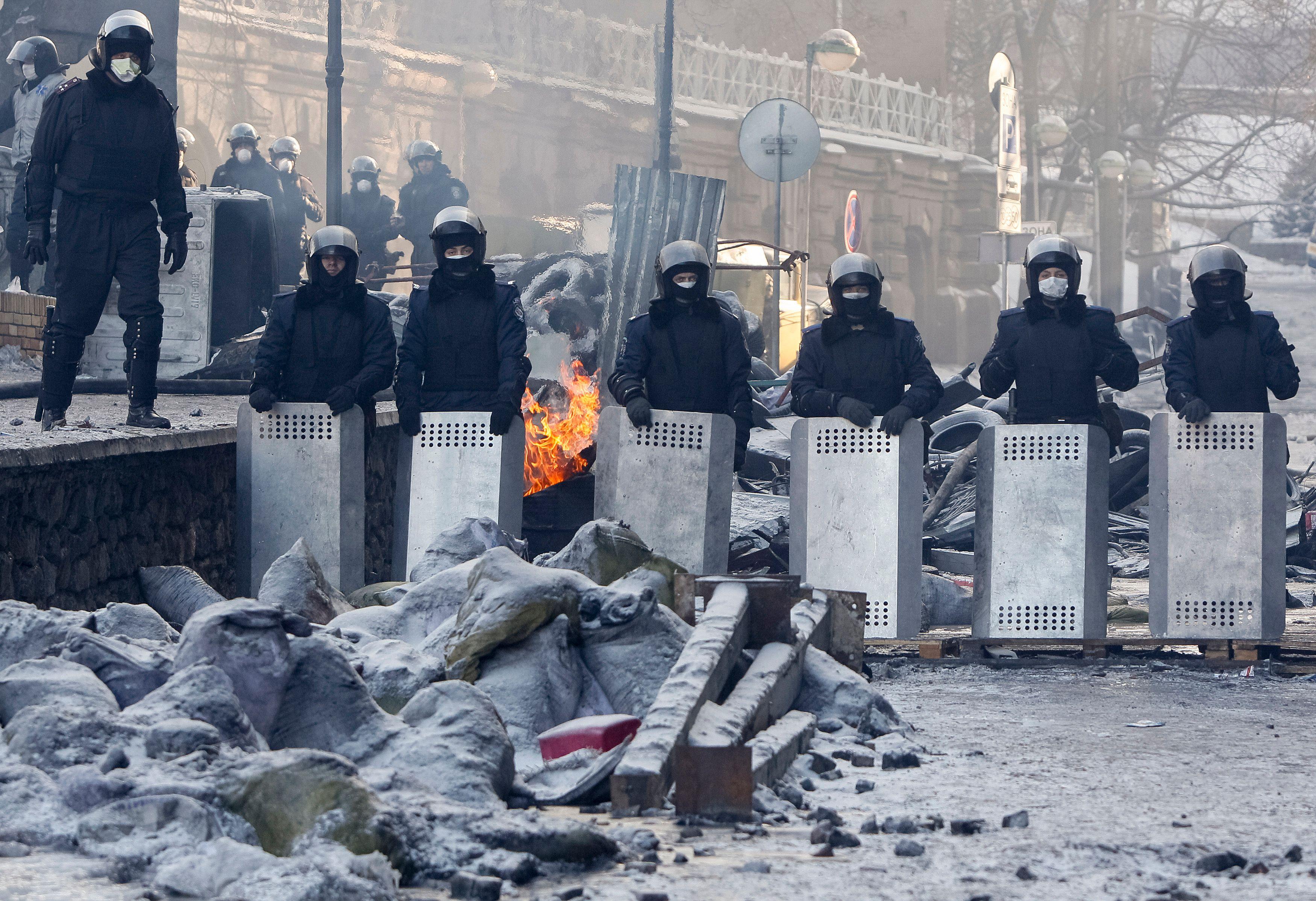 Ukraine : le président propose des mesures pour apaiser les opposants