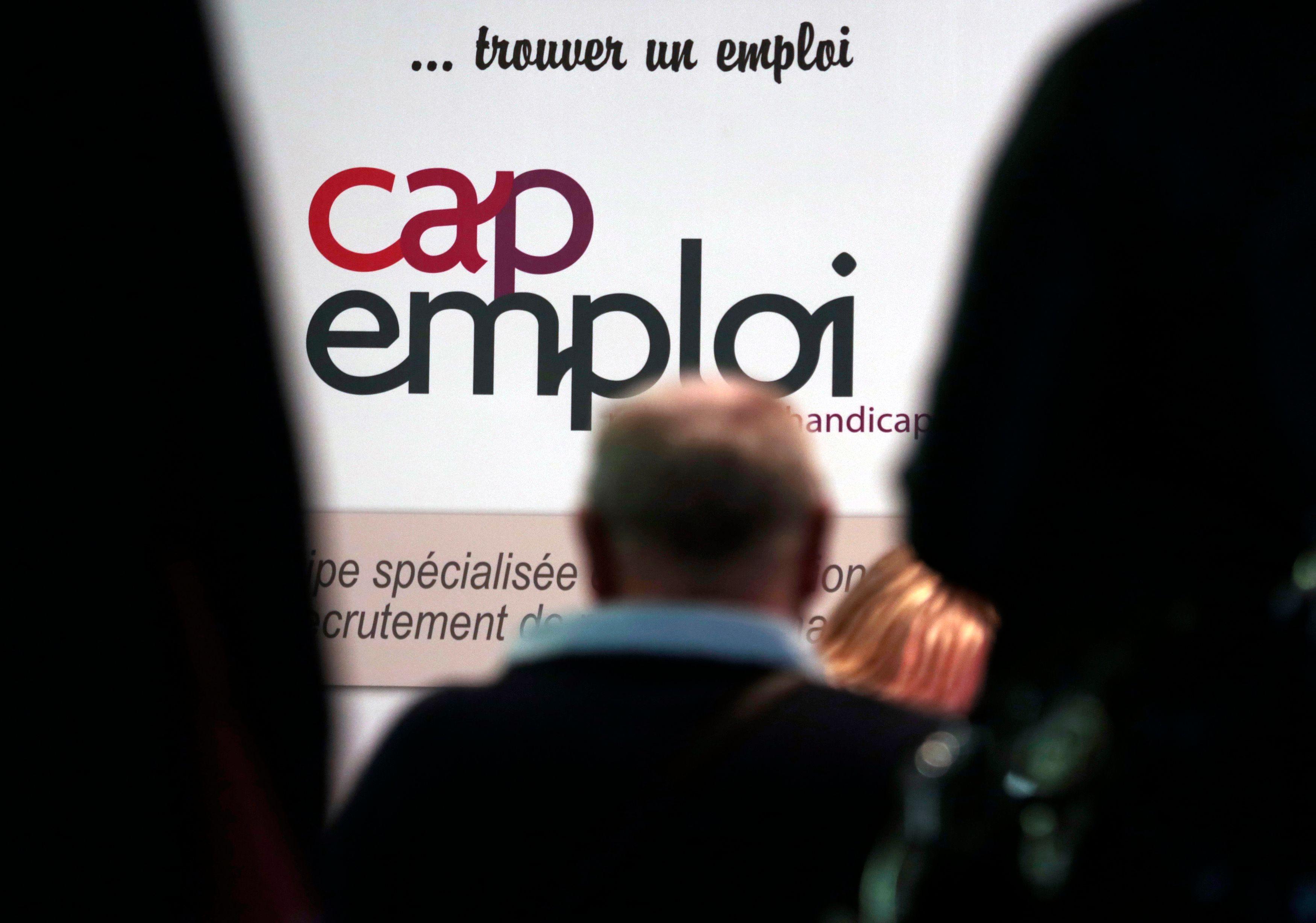 """Durcissement du contrôle des chômeurs : mais au fait, quelle est la part de chômage """"choisi"""" et la part de chômage subi ?"""