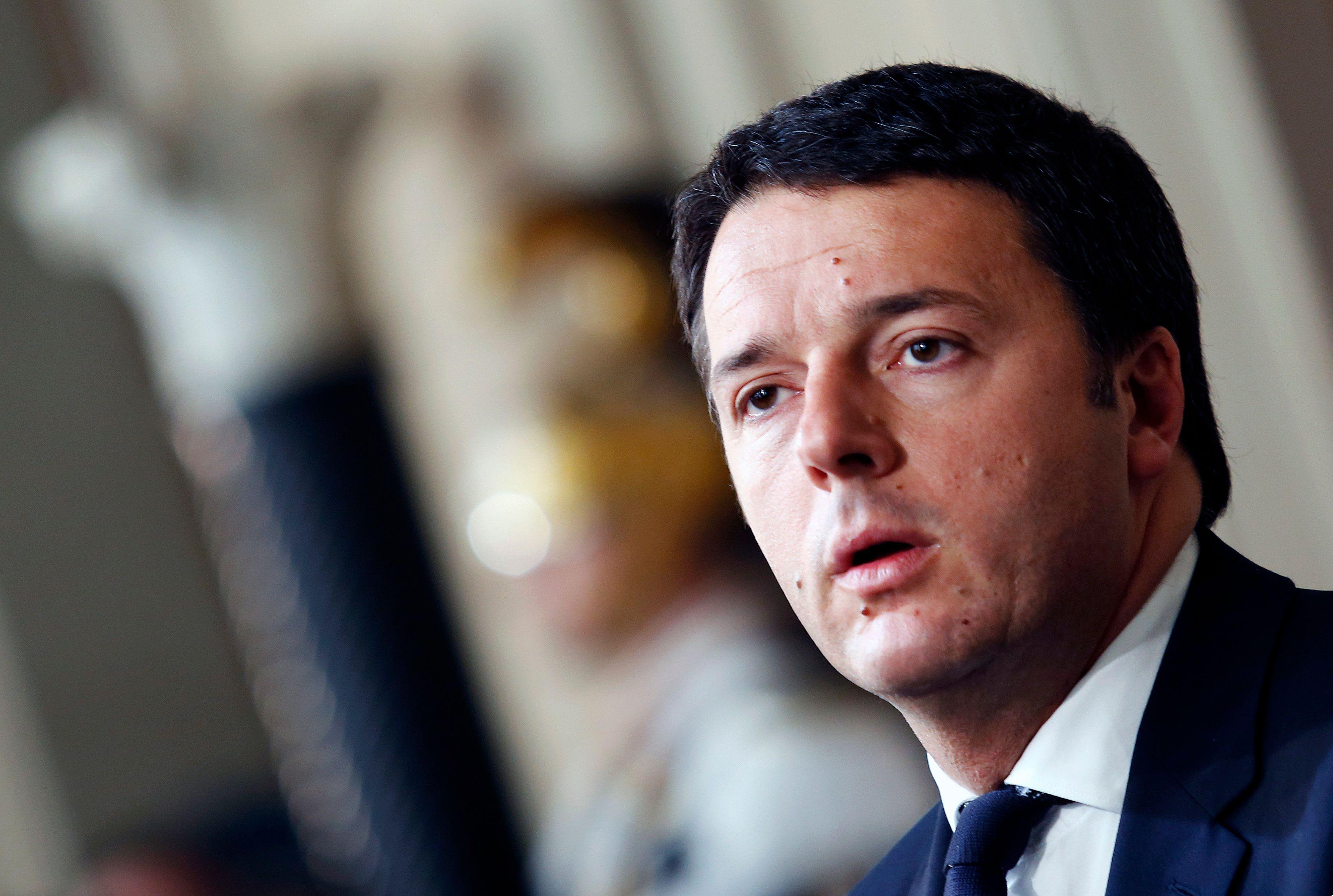 Syrie : Renzi soutient Hollande, Cameron tente de convaincre son parlement