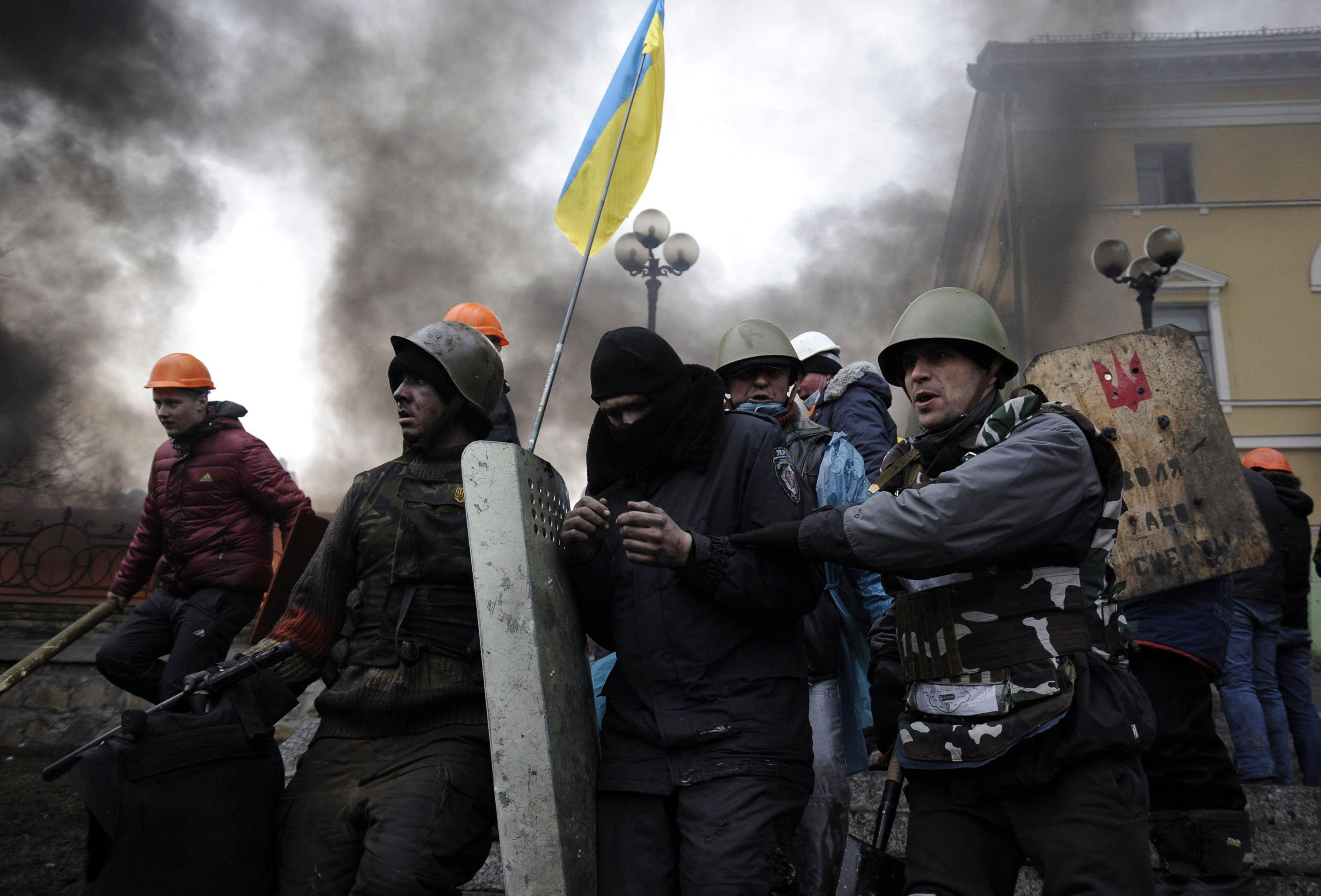 Le bilan des violences à Kiev est monté à 75 morts depuis mardi.